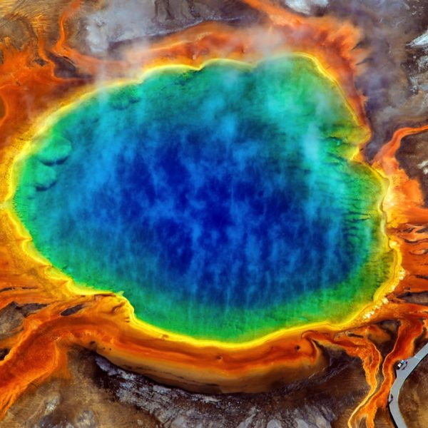 10 Dramatic Sights You Have To See In Yellowstone National Park, USA (3)