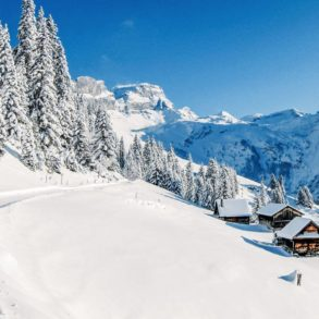 9 Amazing Skiing Resorts To Visit In The Alps Of Europe (2)