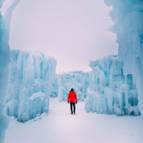 Edmonton City In Alberta Canada - Ice Castles And Travel Photos (9)