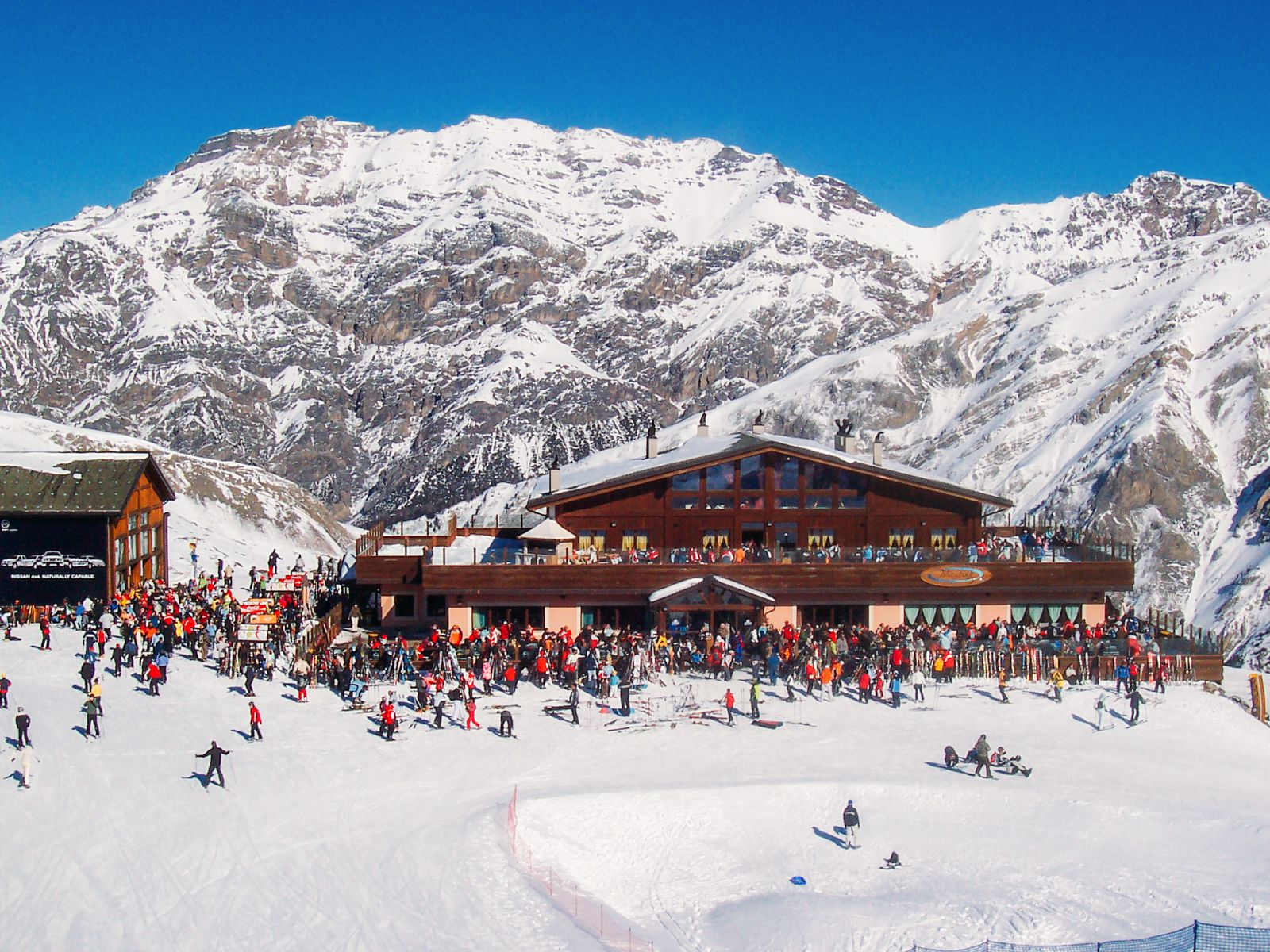9 of the best ski resorts to visit in europe's alps - hand luggage