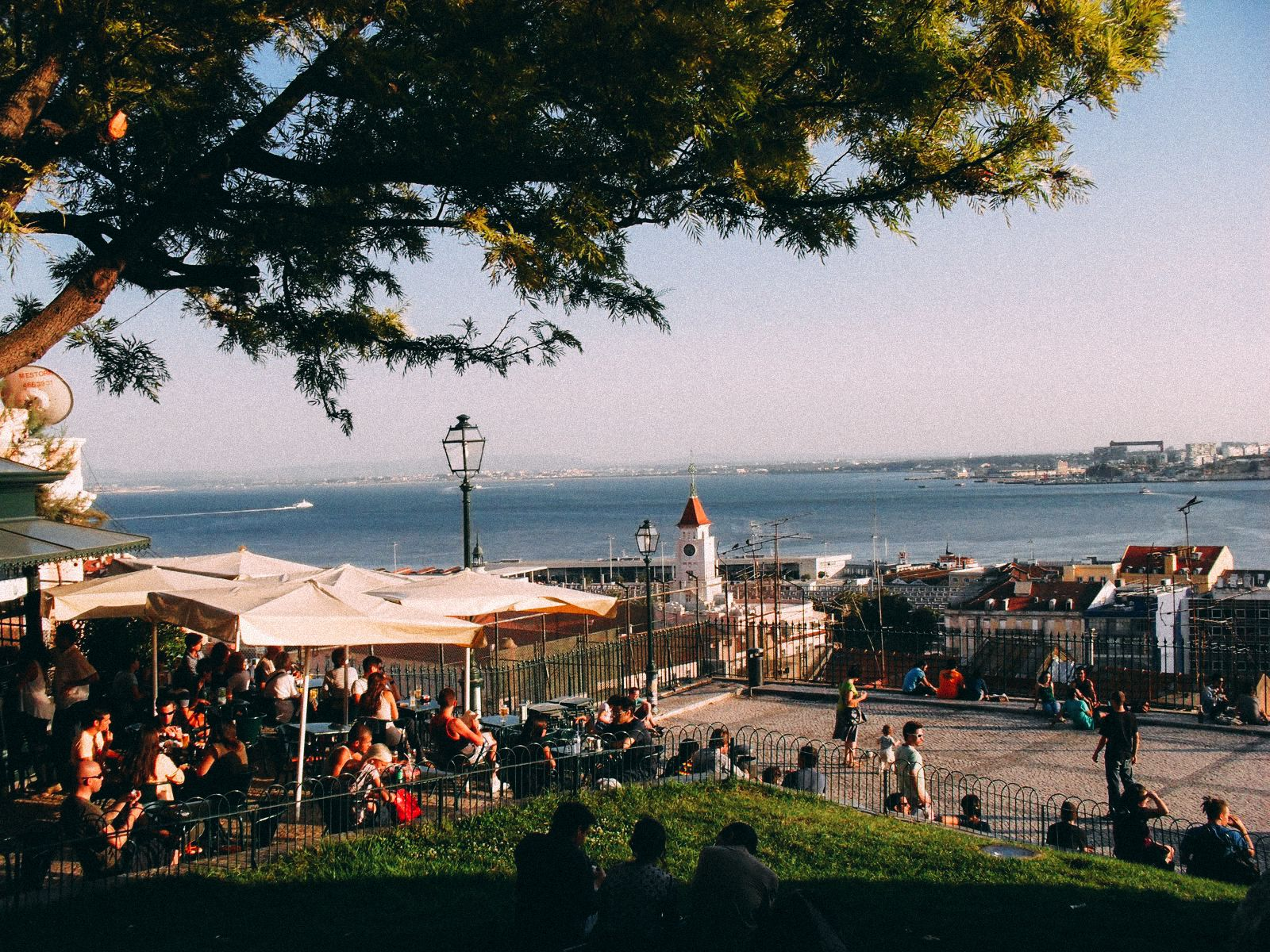 10 Places With The Best Views In Lisbon, Portugal (5)