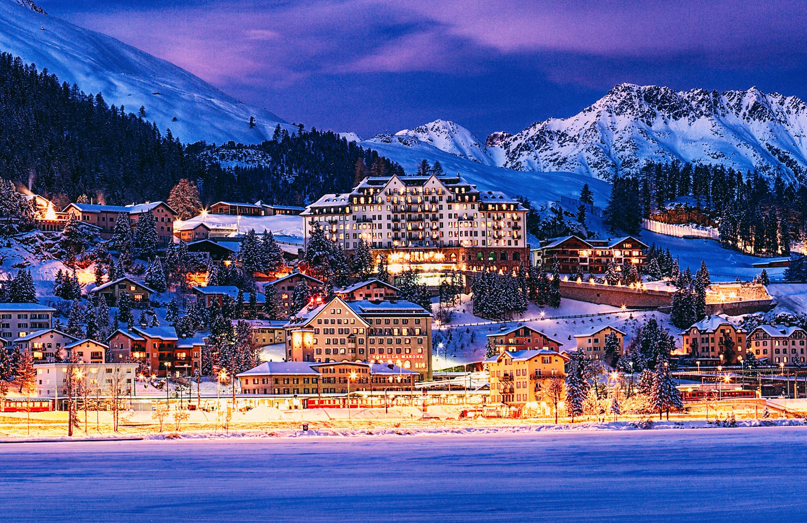 9 Amazing Skiing Resorts To Visit In The Alps Of Europe (8)