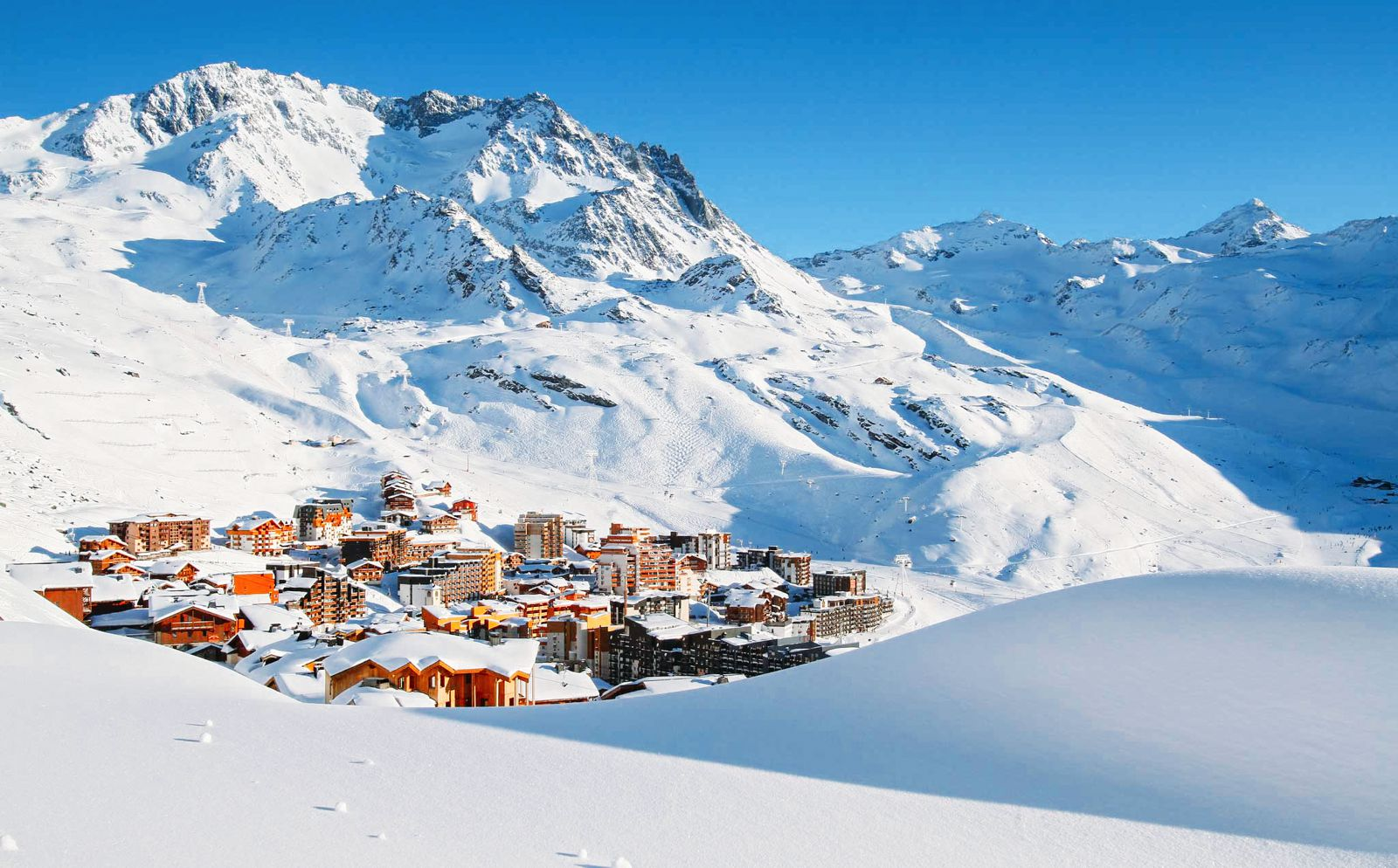 9 Amazing Skiing Resorts To Visit In The Alps Of Europe (9)