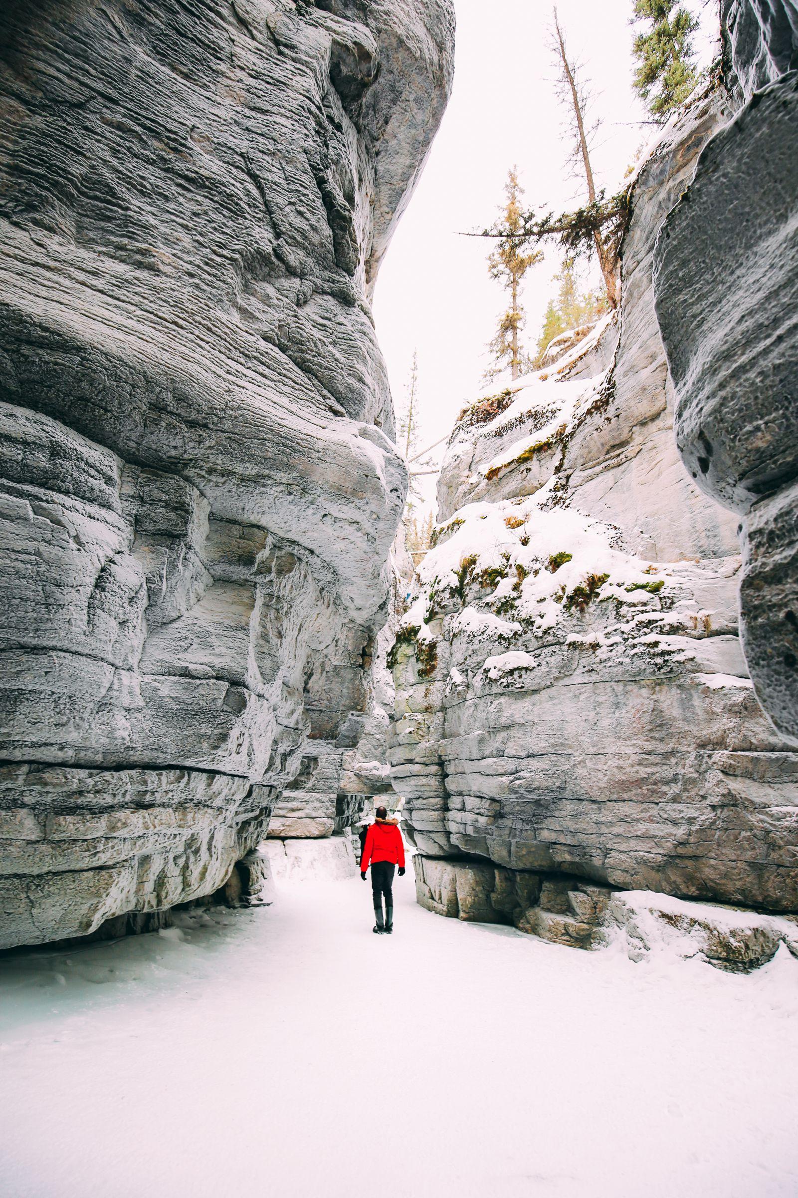 The Most Beautiful Place In Jasper (Canada) You've Never Heard Of! (25)