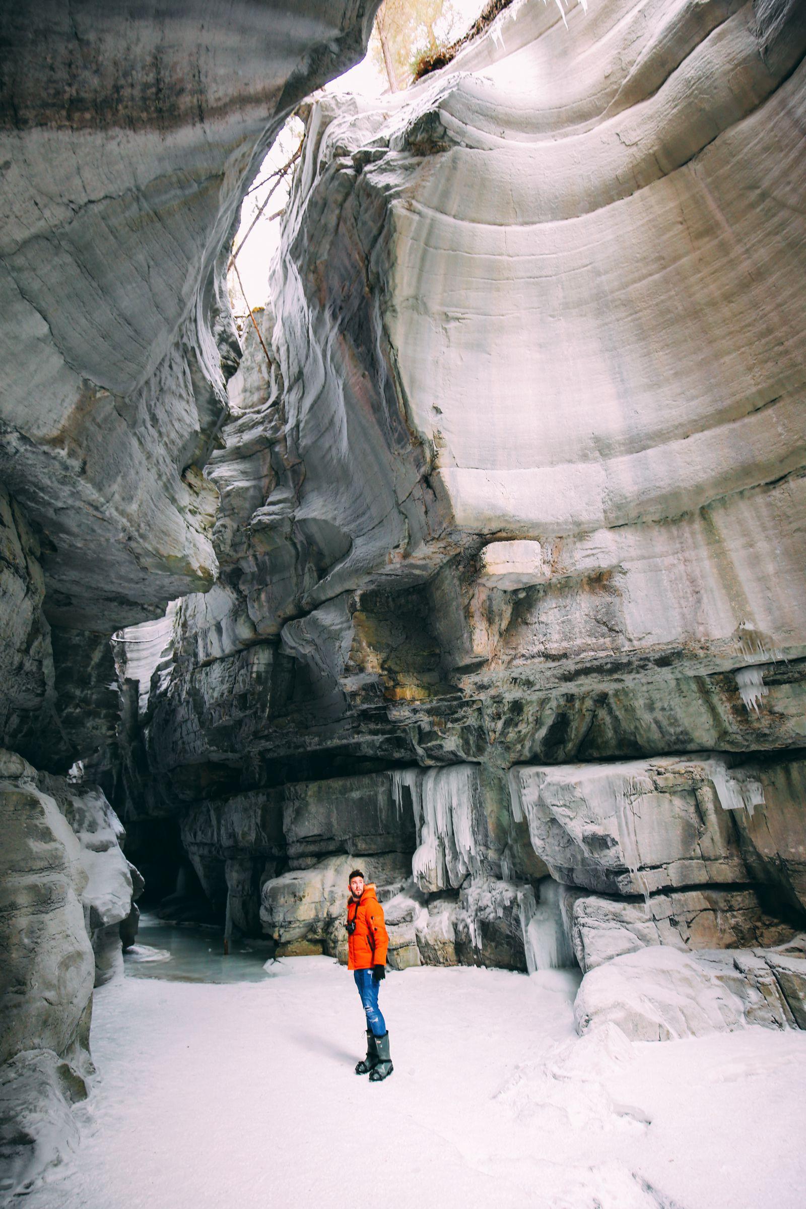 The Most Beautiful Place In Jasper (Canada) You've Never Heard Of! (43)