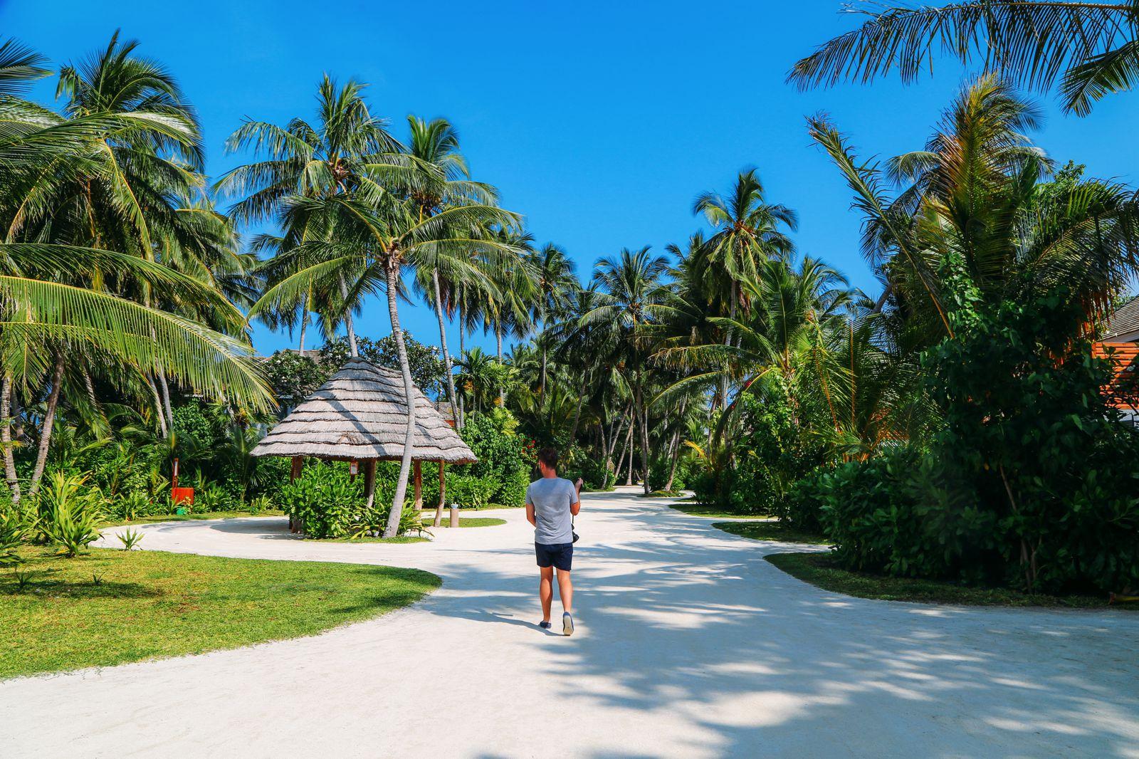 The Perfectly Lazy Day... In Kuramathi Island Maldives (35)