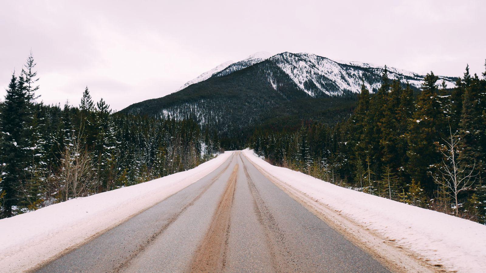 Where To Go Skiing In Jasper, Canada? Marmot Basin! (30)
