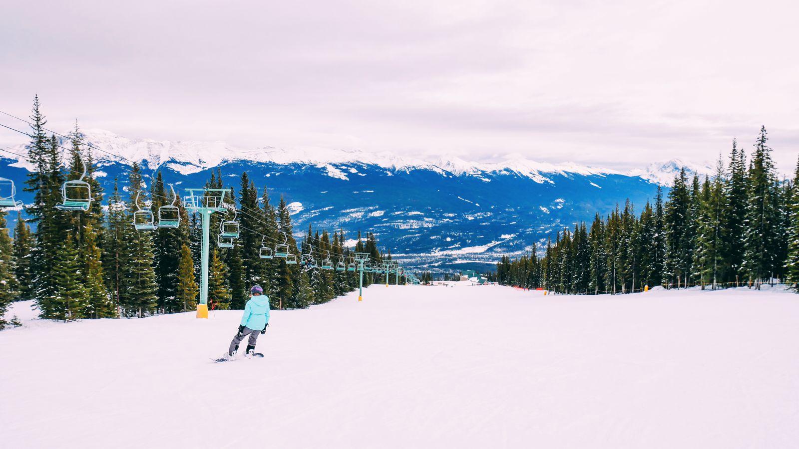 Where To Go Skiing In Jasper, Canada? Marmot Basin! (25)