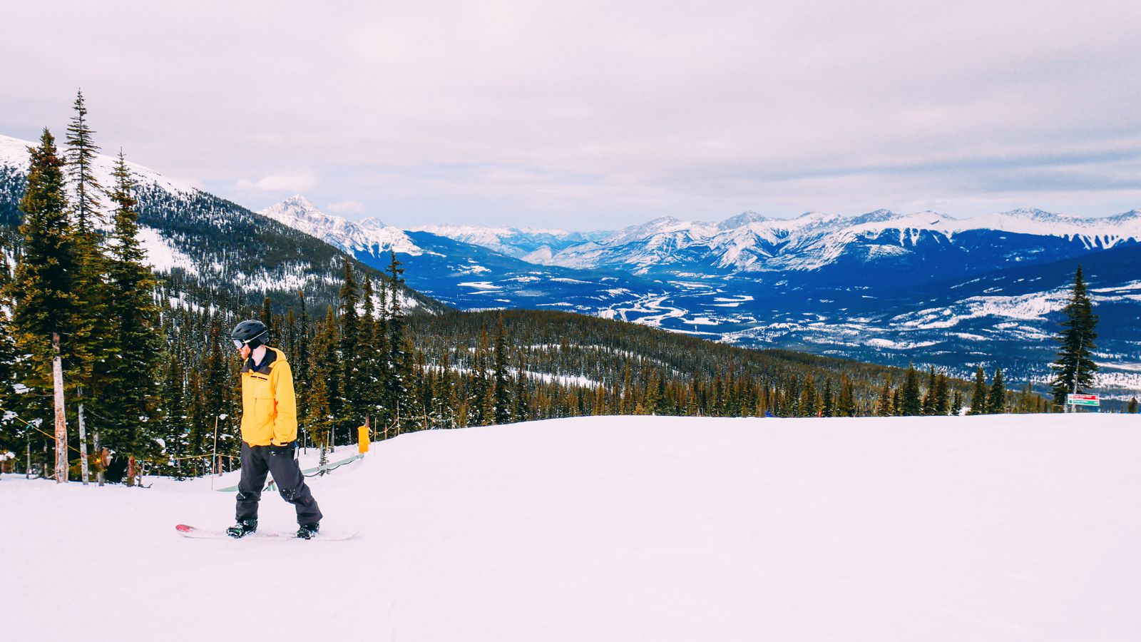 Where To Go Skiing In Jasper, Canada? Marmot Basin! (18)