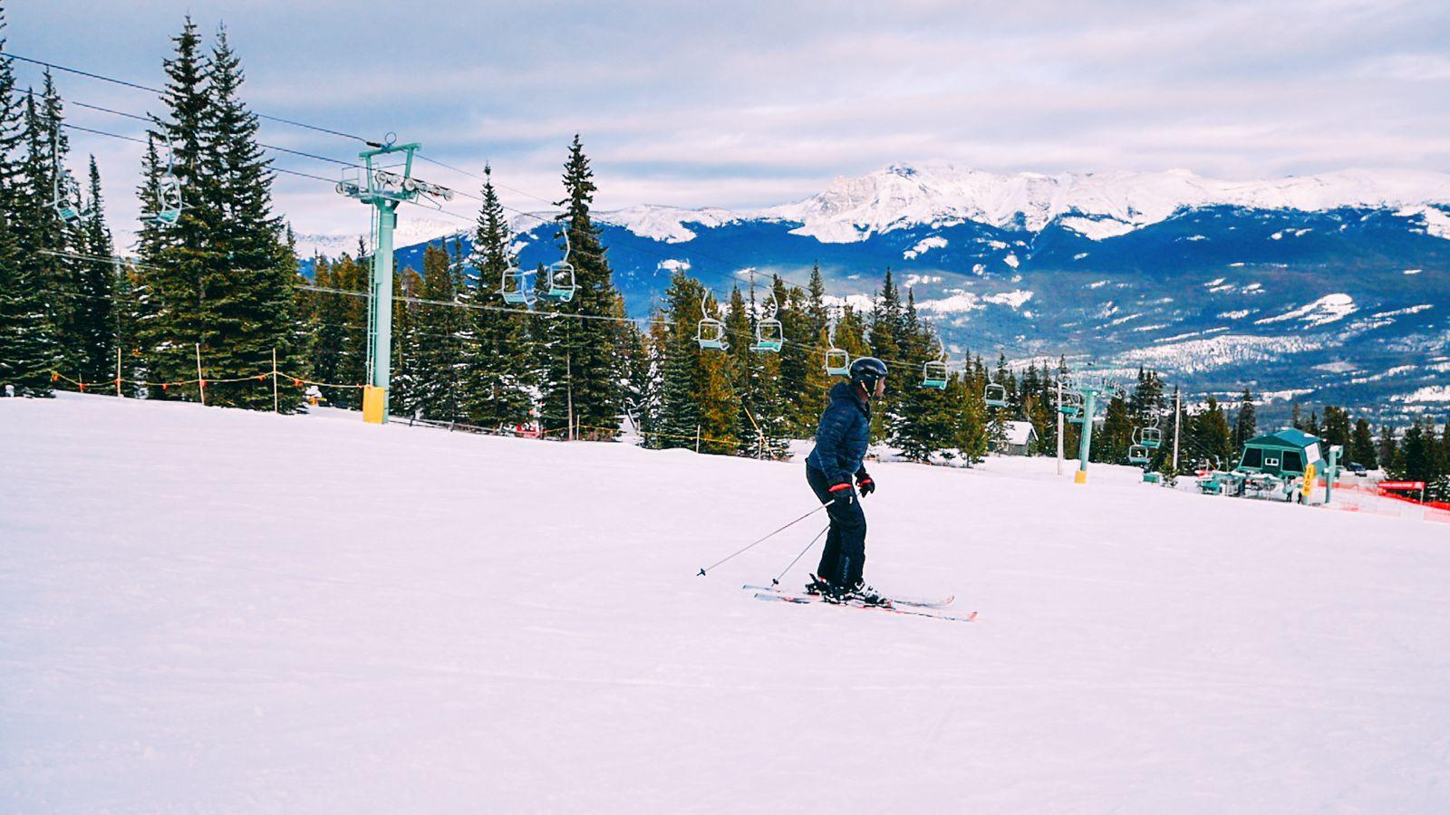 Where To Go Skiing In Jasper, Canada? Marmot Basin! (4)