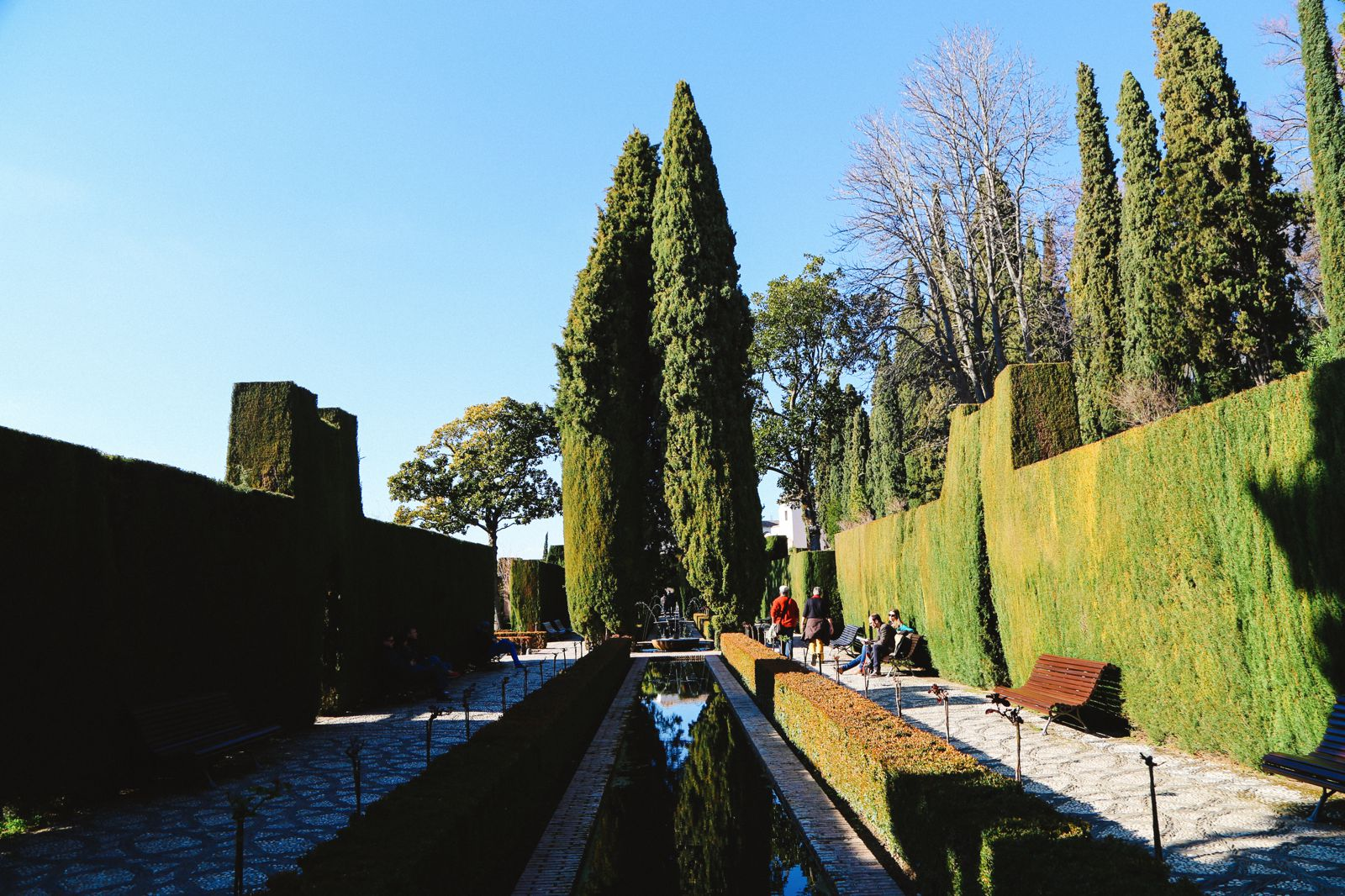The Absolutely Beautiful Generalife Palace… In Granada, Spain (5)