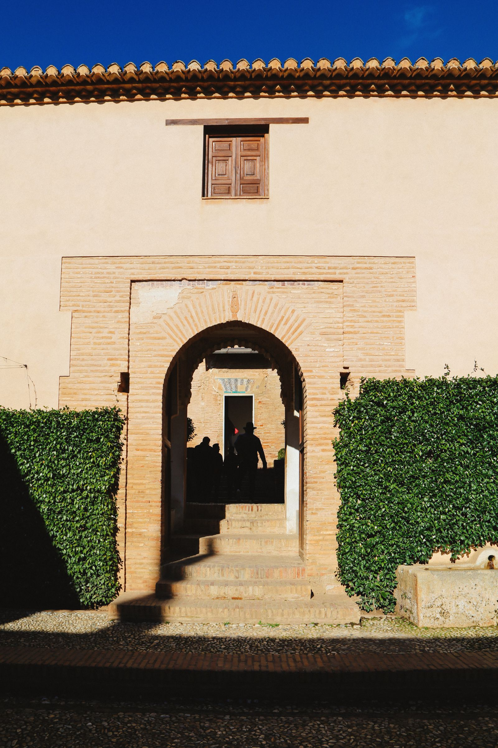The Absolutely Beautiful Generalife Palace… In Granada, Spain (11)