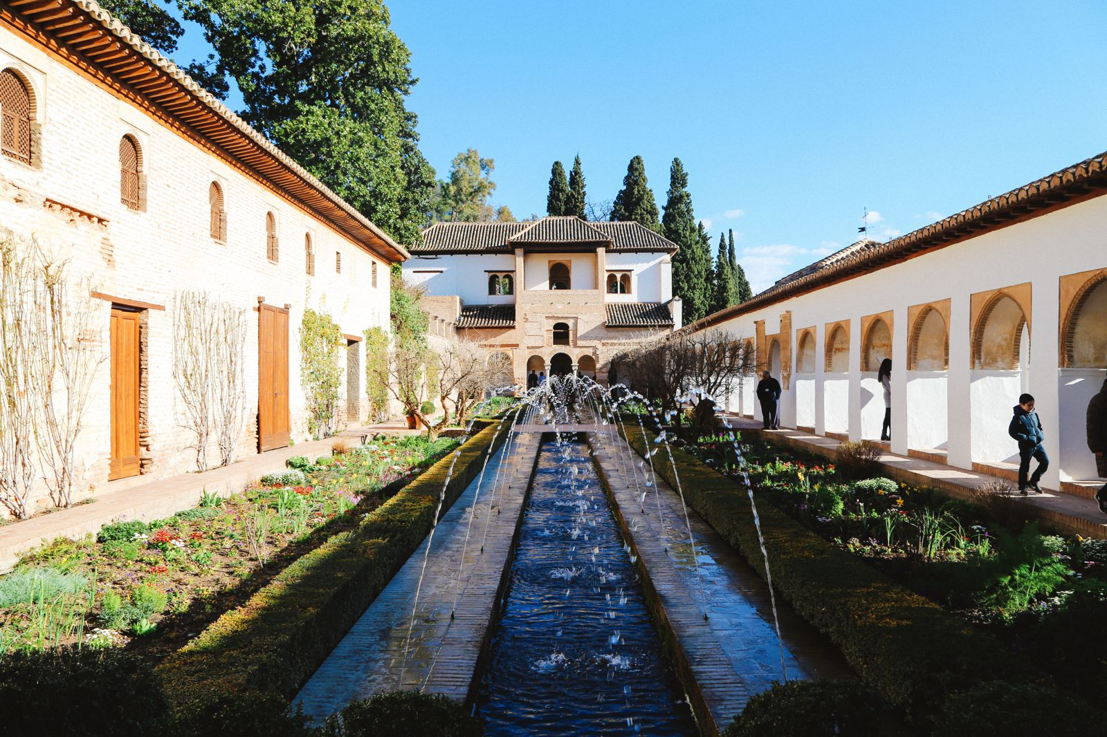 The Absolutely Beautiful Generalife Palace… In Granada, Spain (21)