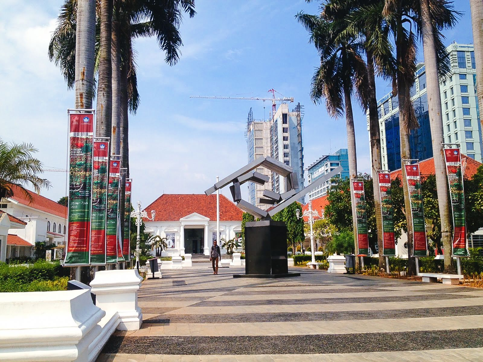 10 Places You Have To Visit In Jakarta, Indonesia - Hand ...
