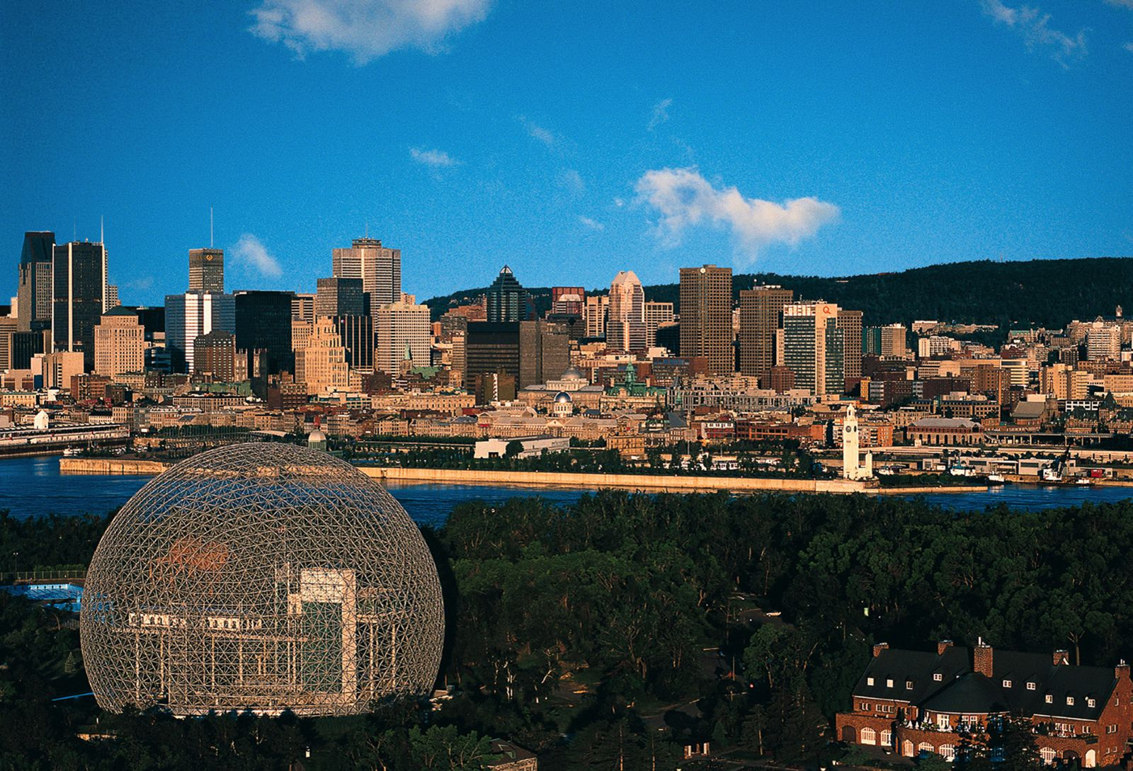 10 Amazing Things To See And Do In Montreal, Quebec... In Canada (4)