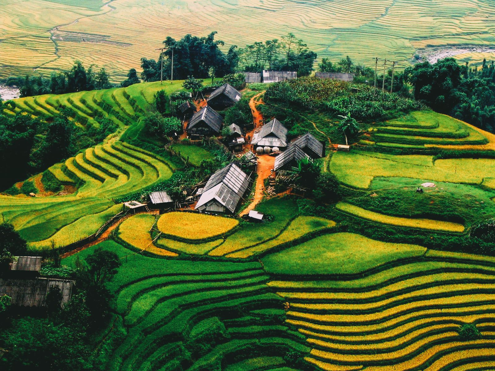 10 Places You Have to Visit in Vietnam (2)