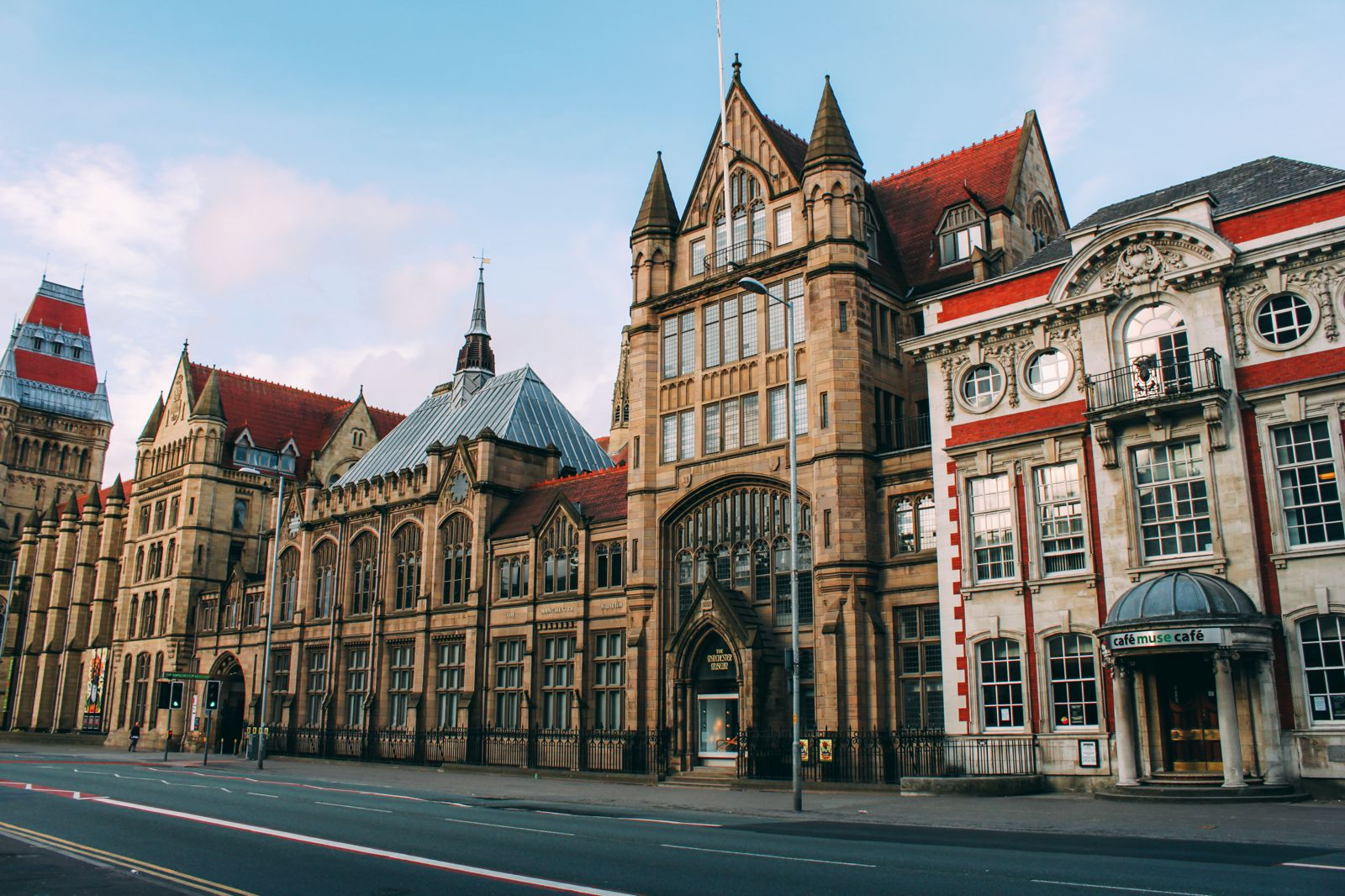 11 Places You Have To Visit On A First Time Trip To Manchester... In England, The UK (6)