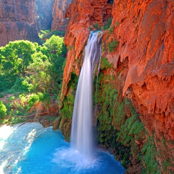 10 Amazing Waterfalls Around The World You Need To See! (8)