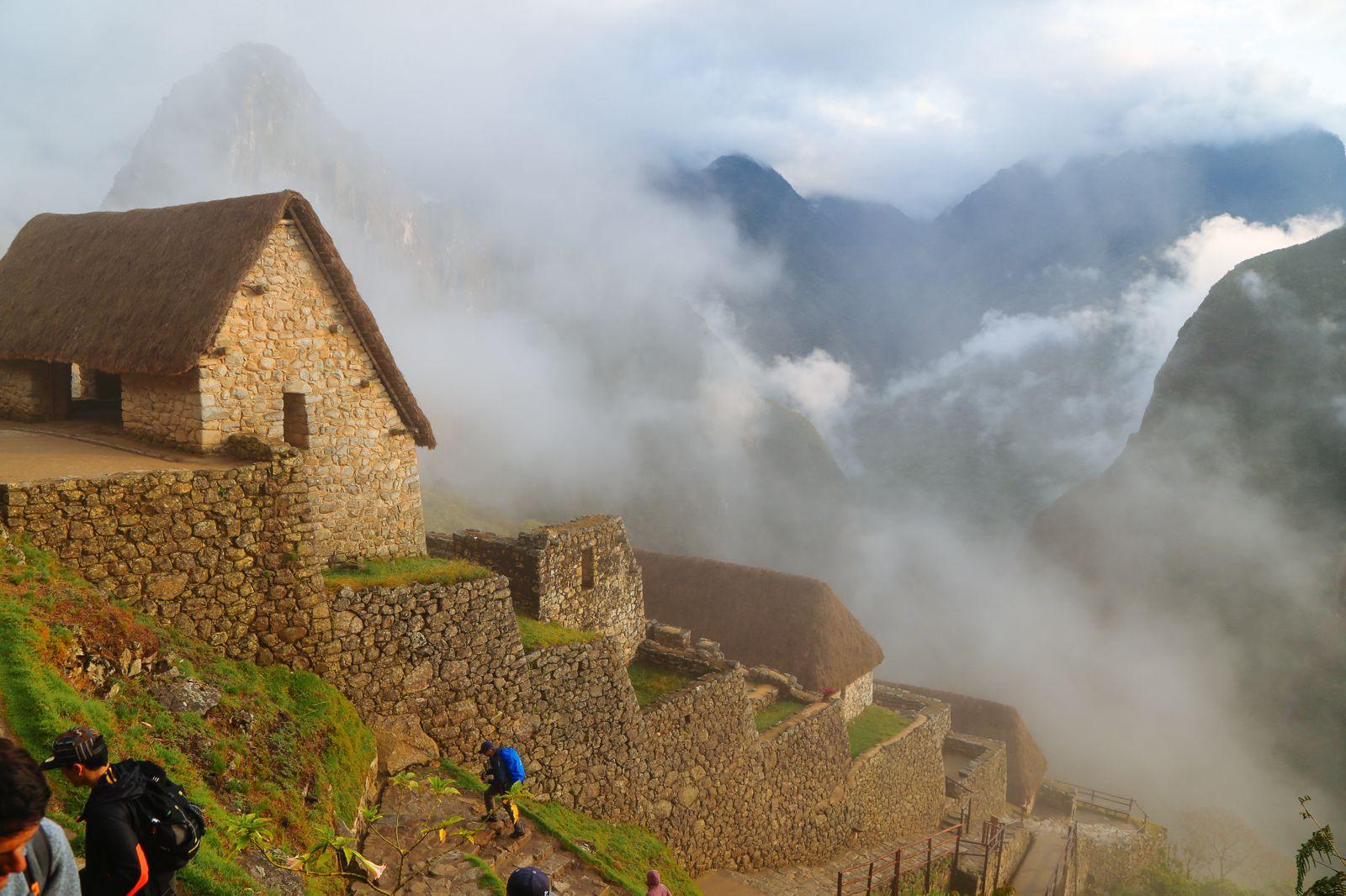 Visiting The Ancient Inca Site Of Macchu Picchu, Peru (7)