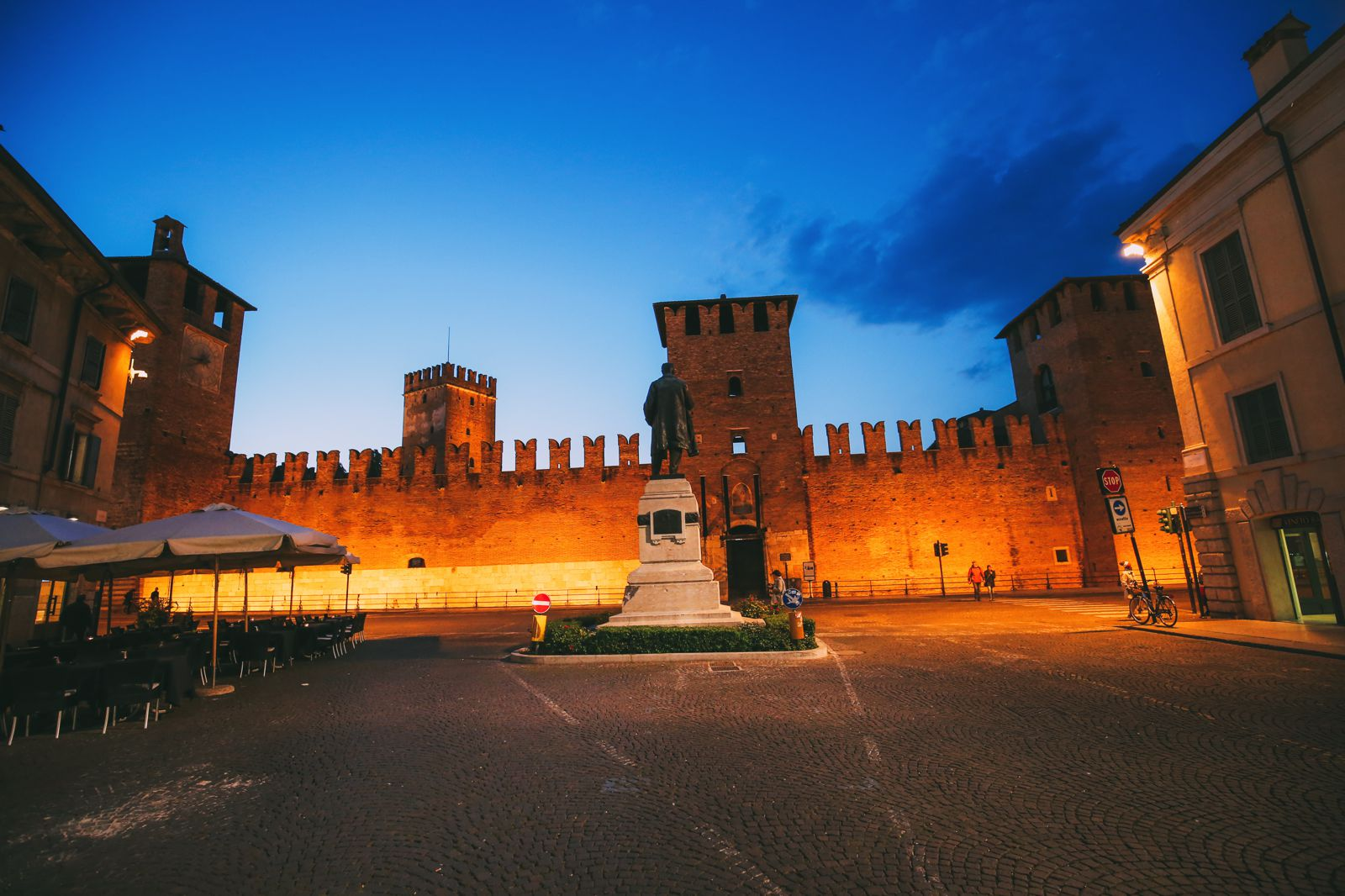 Arriving Into Fair Verona – The Italian Home Of Romeo And Juliet (42)