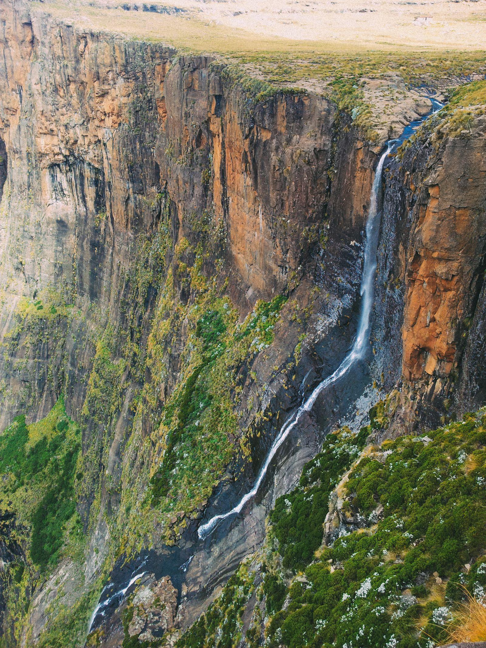 10 Amazing Waterfalls Around The World You Need To See! (4)