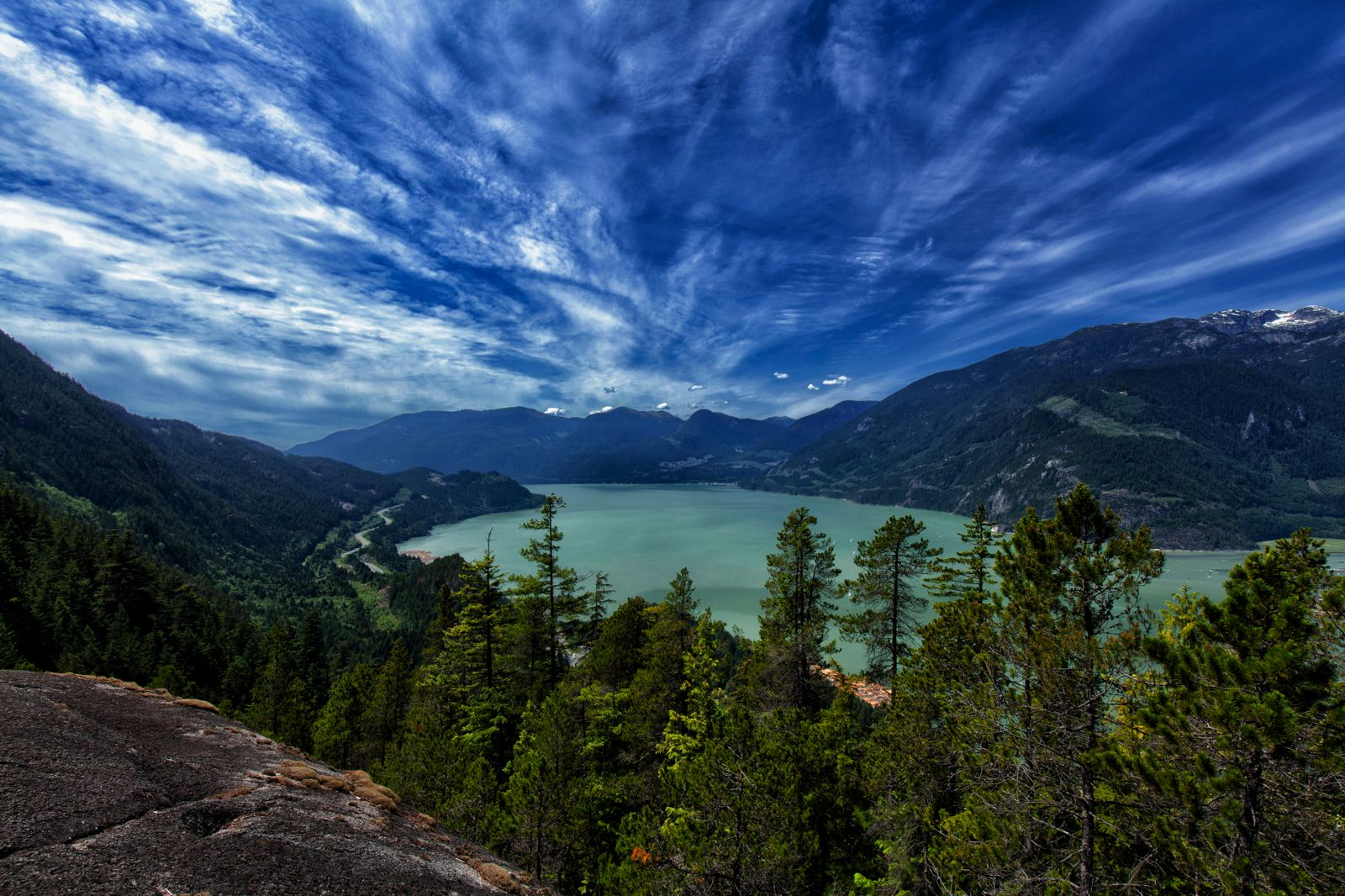 12 Beautiful Places To Visit in British Columbia, Canada (7)
