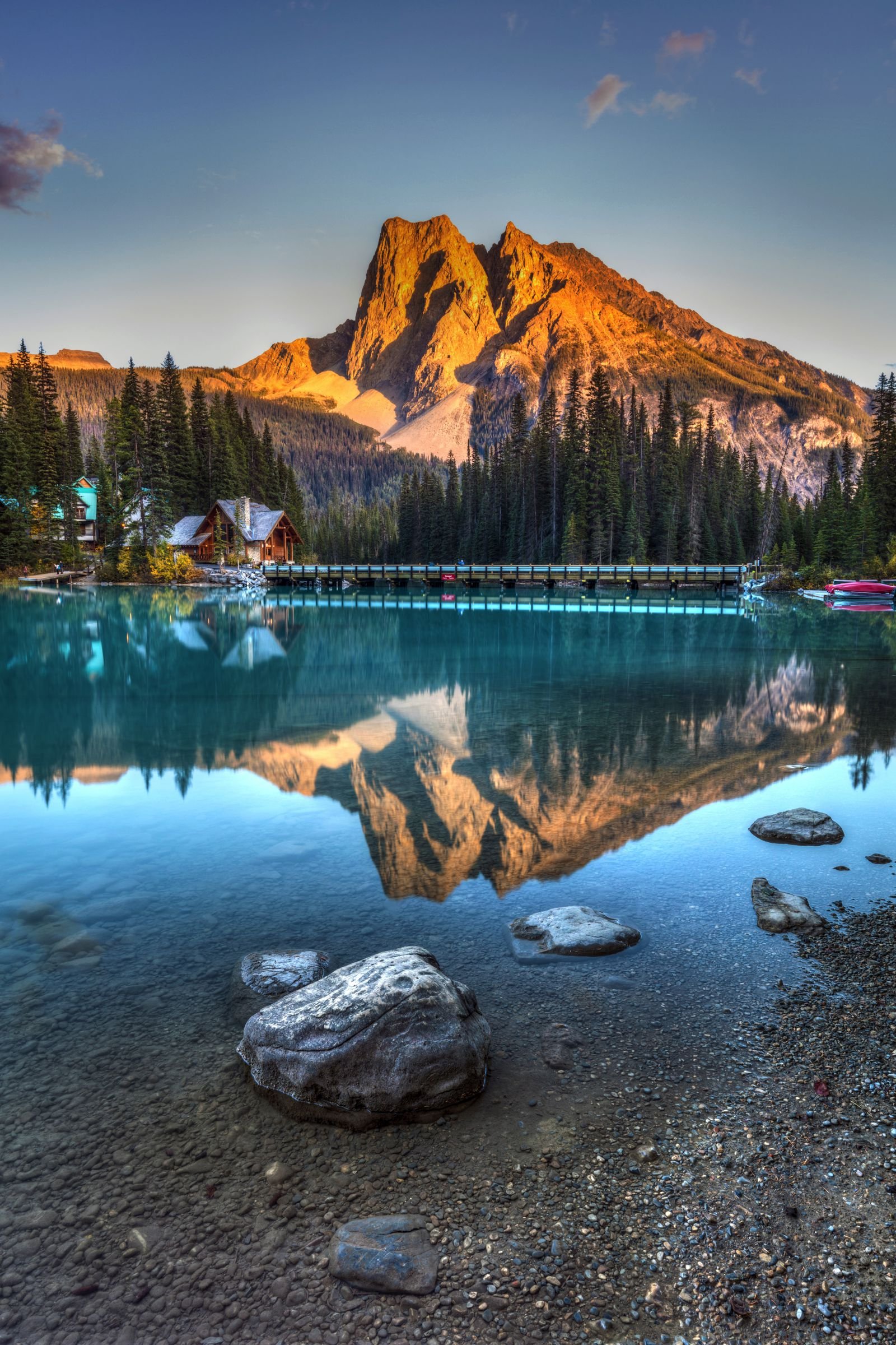 12 Beautiful Places To Visit in British Columbia, Canada (11)