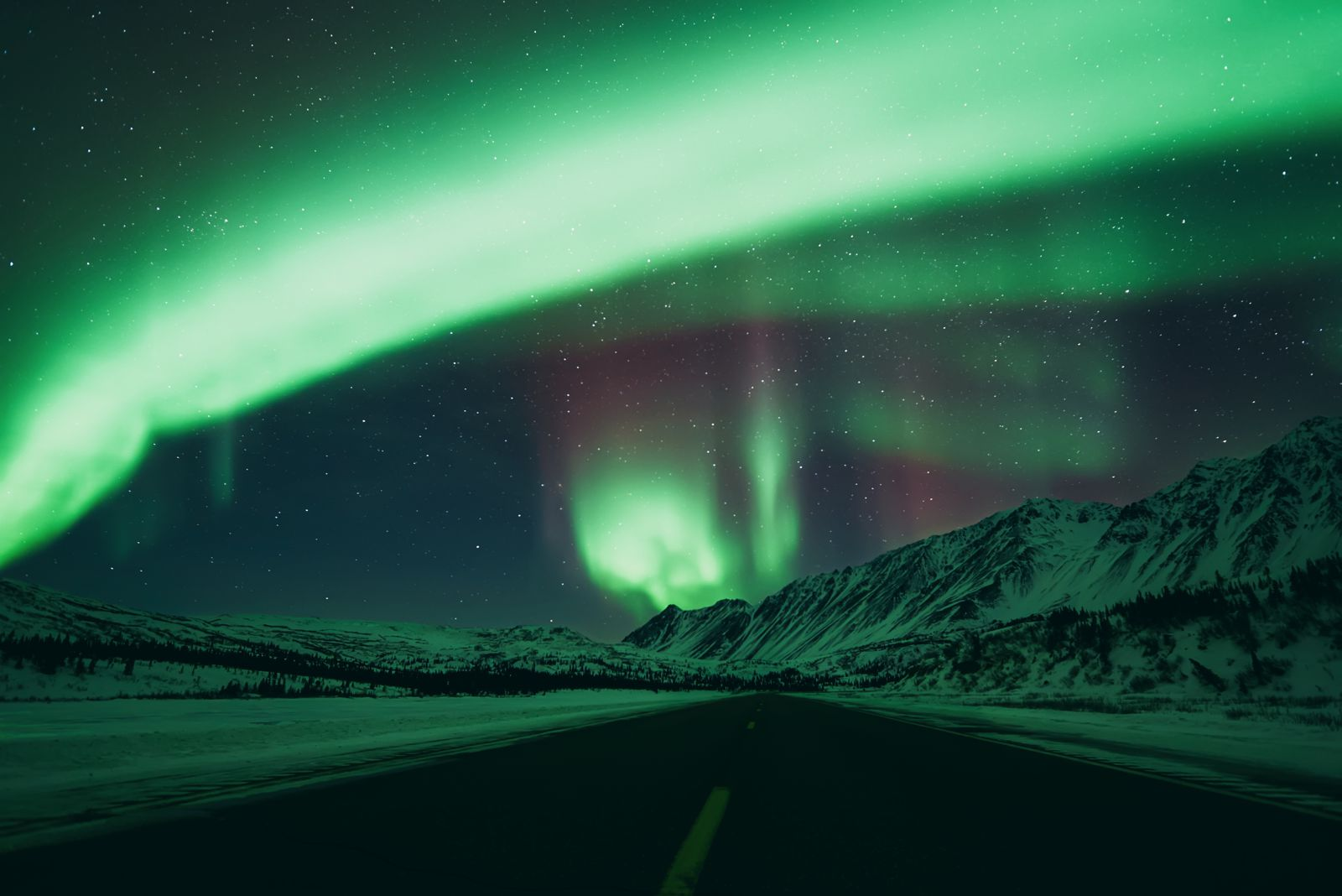 10 Of The Best Places In The World To See The Northern Lights! (8)