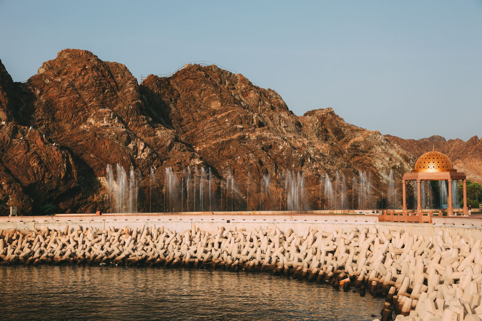 11 Beautiful And Surprising Places You Have To Visit In Oman (6)