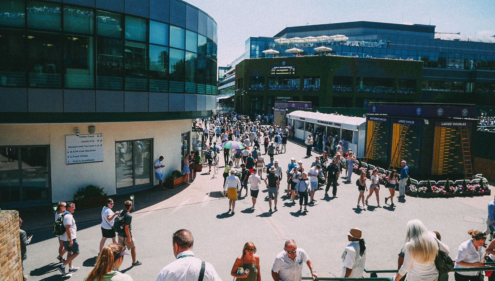 A DAY IN WIMBLEDON... || Watching Andy Murray, Rafael Nadal and Johanna Konta's Tennis Matches (8)
