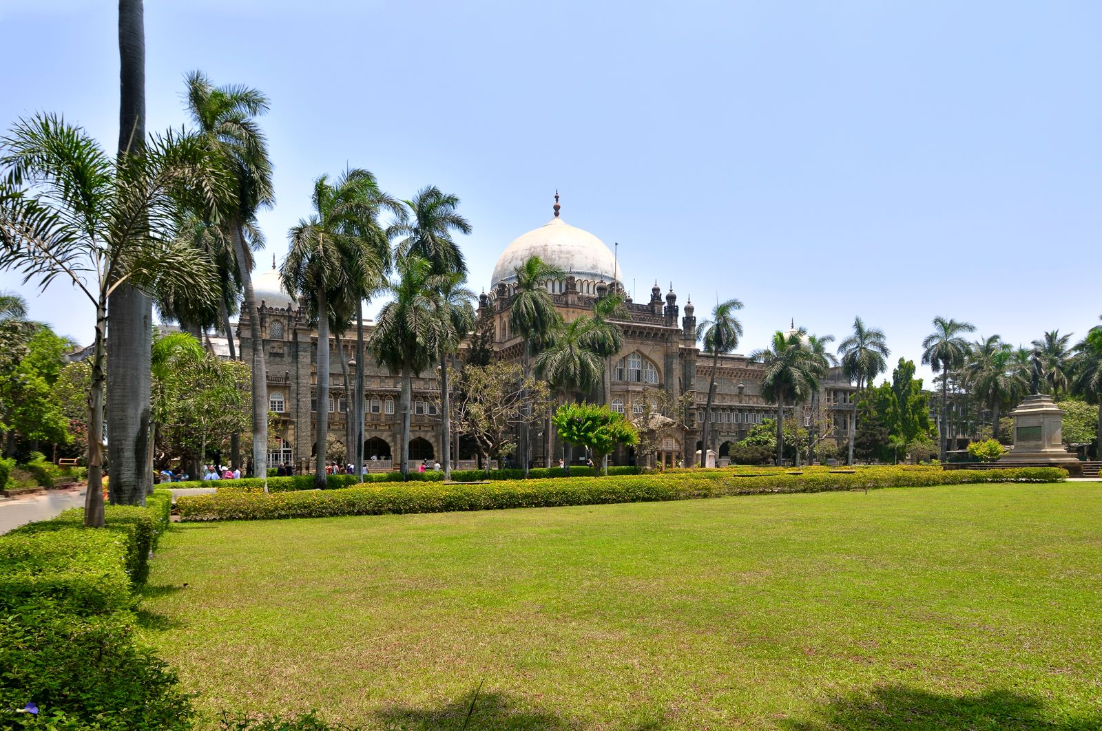 15 Impressive Things To See And Do In Mumbai, India (16)
