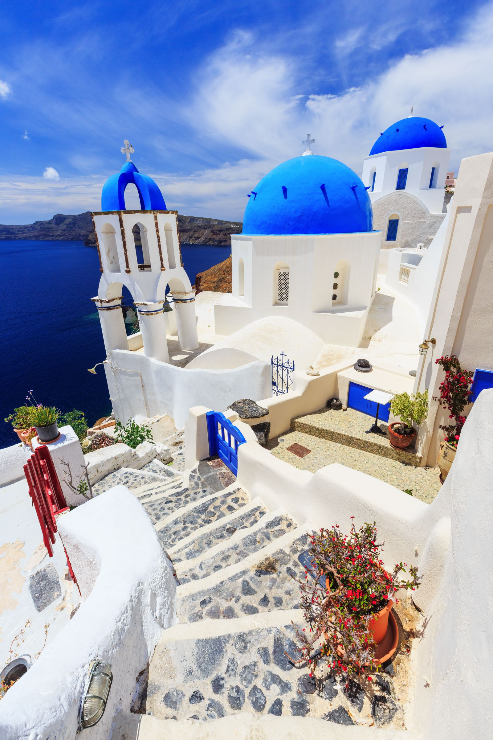 12 Stunning Things To See And Do In Santorini, Greece This Year (2)