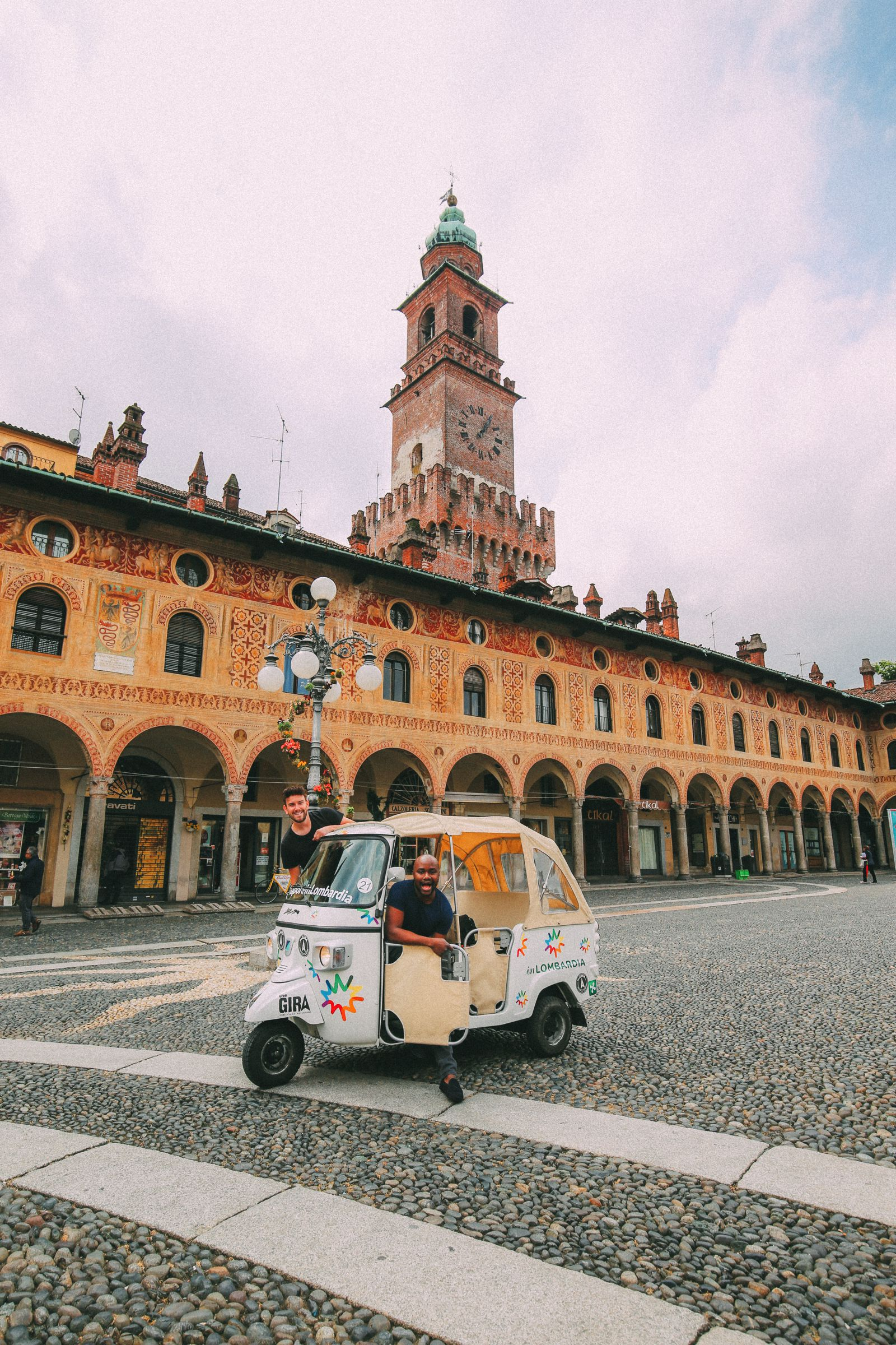 Exploring The Italian Region Of Lombardy – On A Rickshaw! (22)