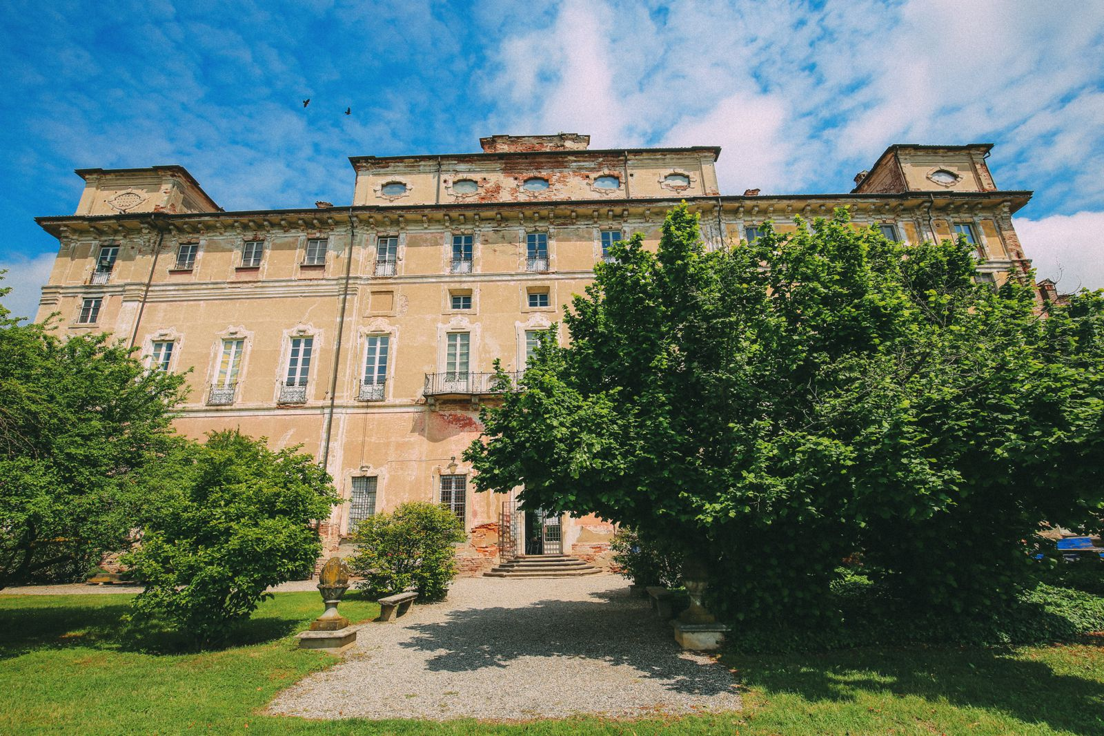 The Most Amazing Noble Villa And An Afternoon In Pizzighettone… In Lombardy, Italy (24)