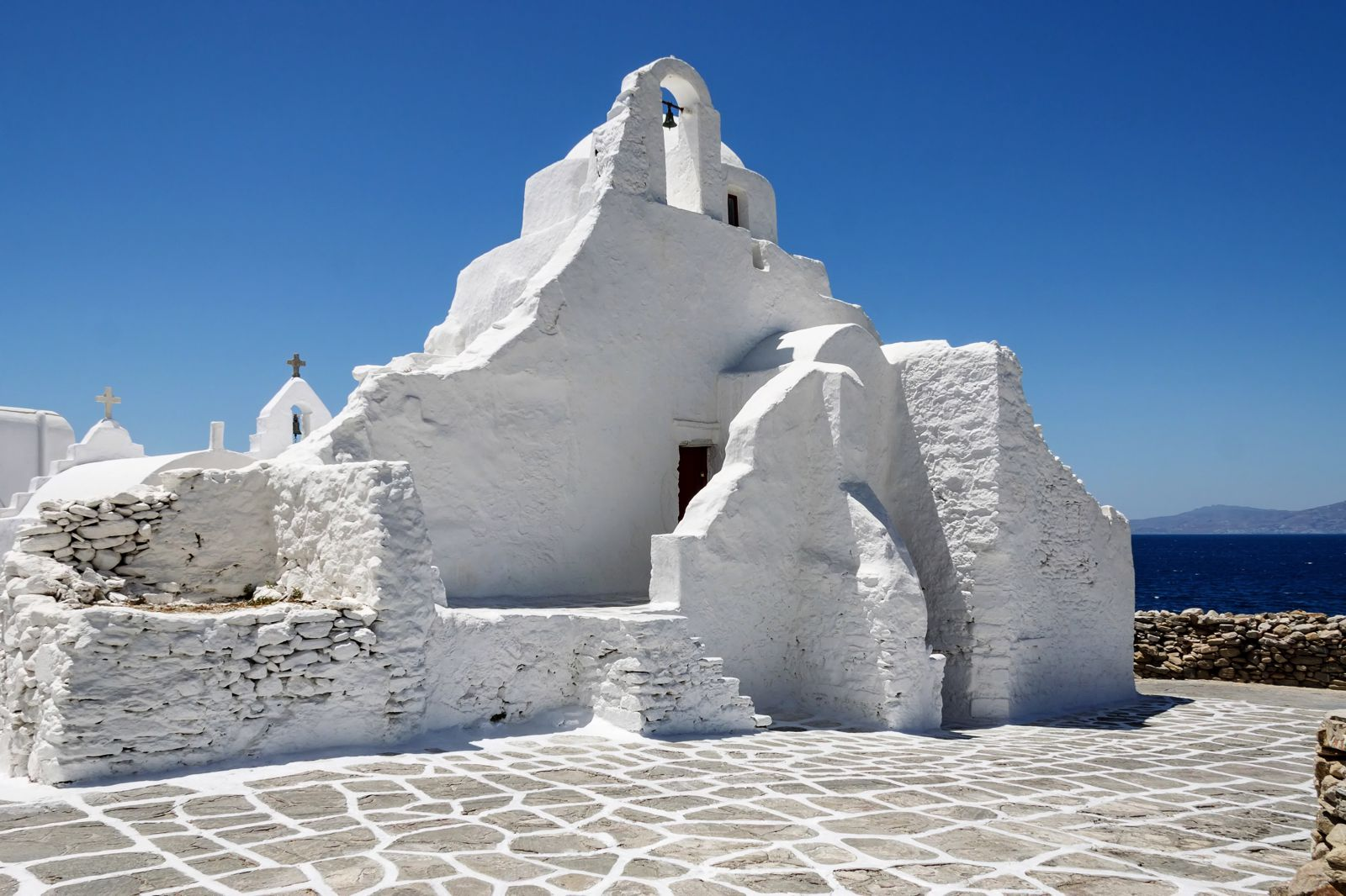 The Complete Guide On Things To See, Do And Eat In Mykonos, Greece (14)