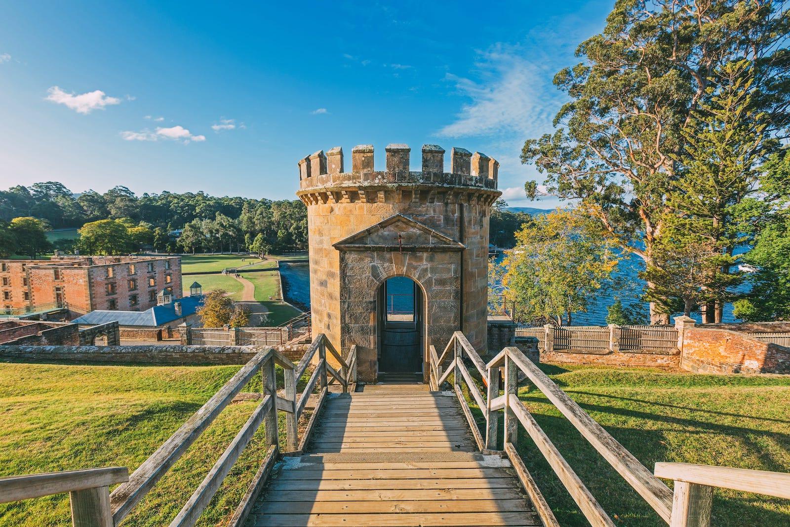 10 Amazing Places To Visit In Tasmania, Australia (4)
