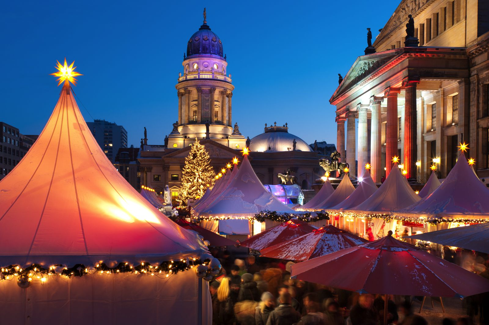 12 Picturesque Christmas Markets You Have To Visit In Europe This Year (3)