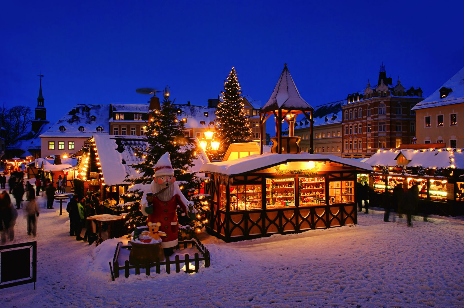 12 Picturesque Christmas Markets You Have To Visit In Europe This Year (6)