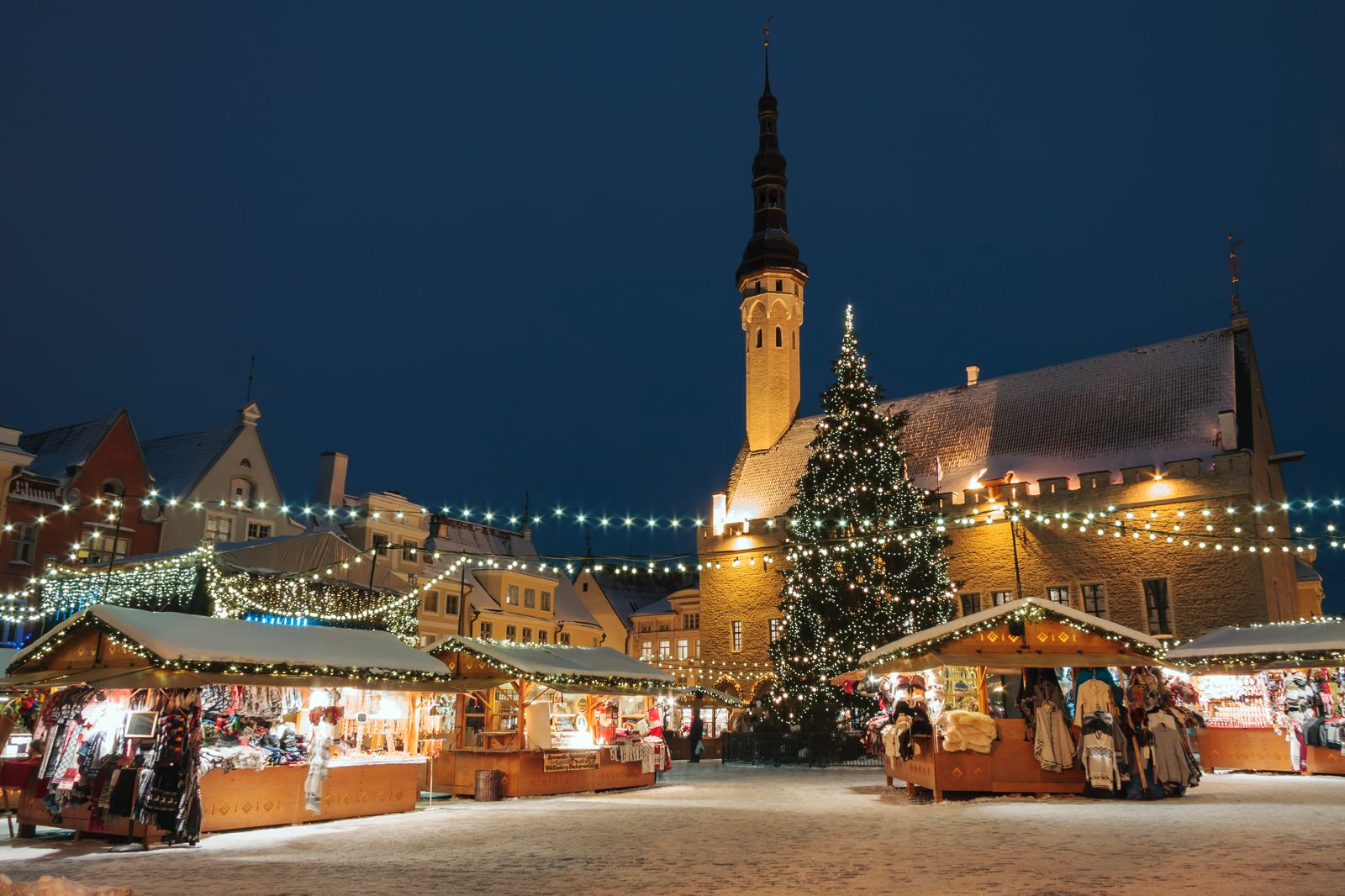 12 Picturesque Christmas Markets You Have To Visit In Europe This Year (9)