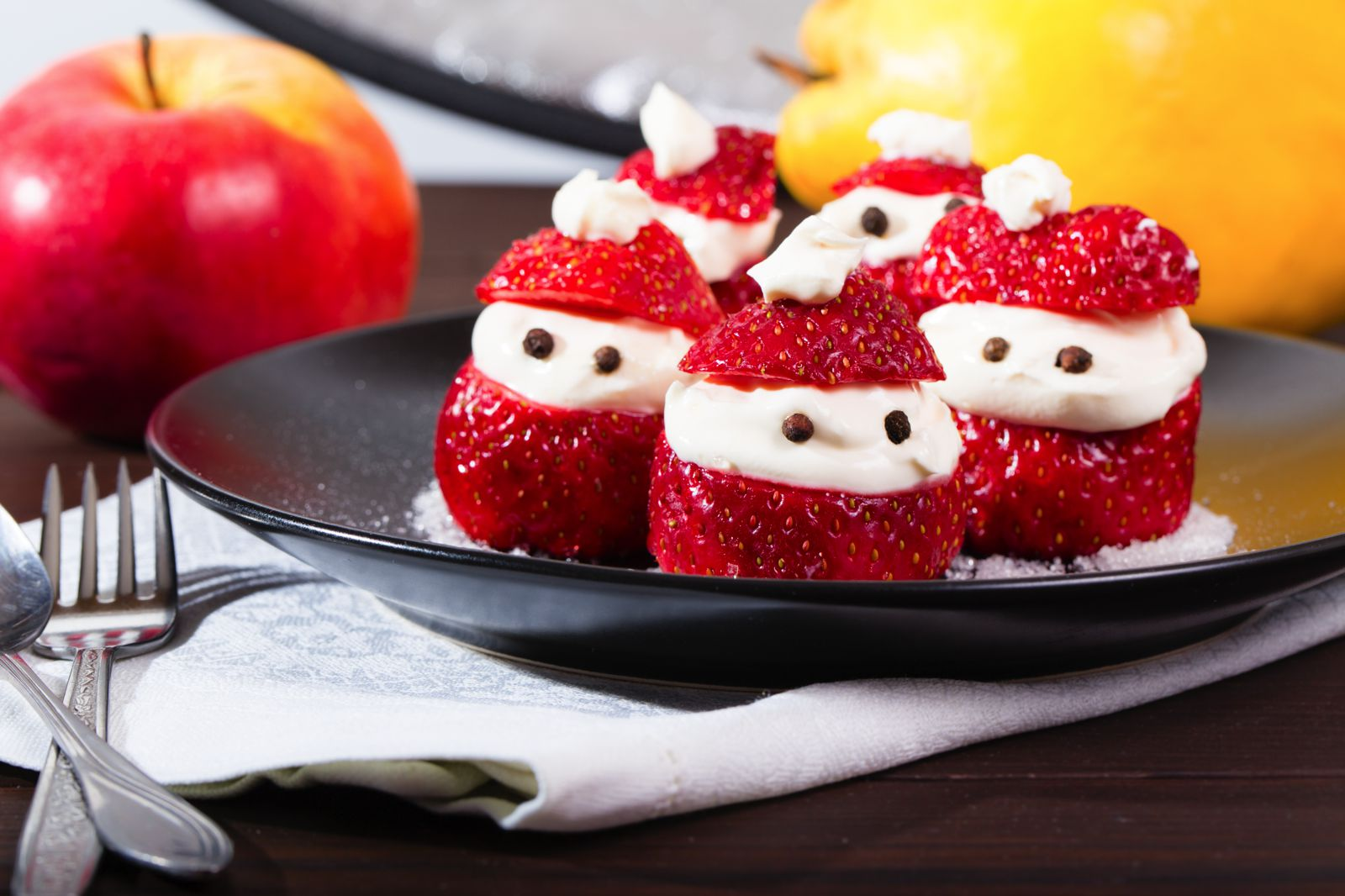 10 Fun, Easy And Delicious Christmas Treats To Make (7)