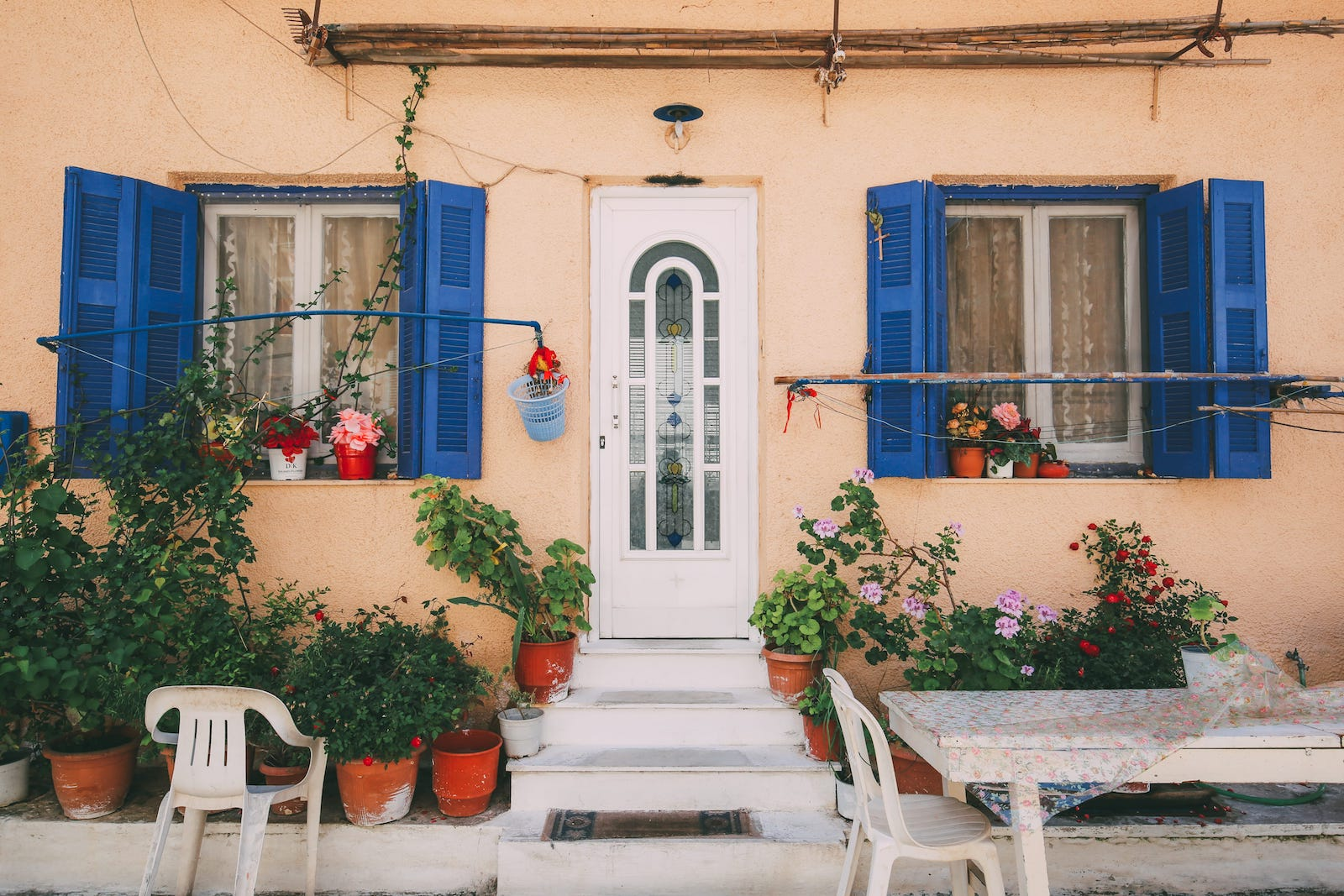 Your Complete Guide To Visiting Mainland Greece (4)