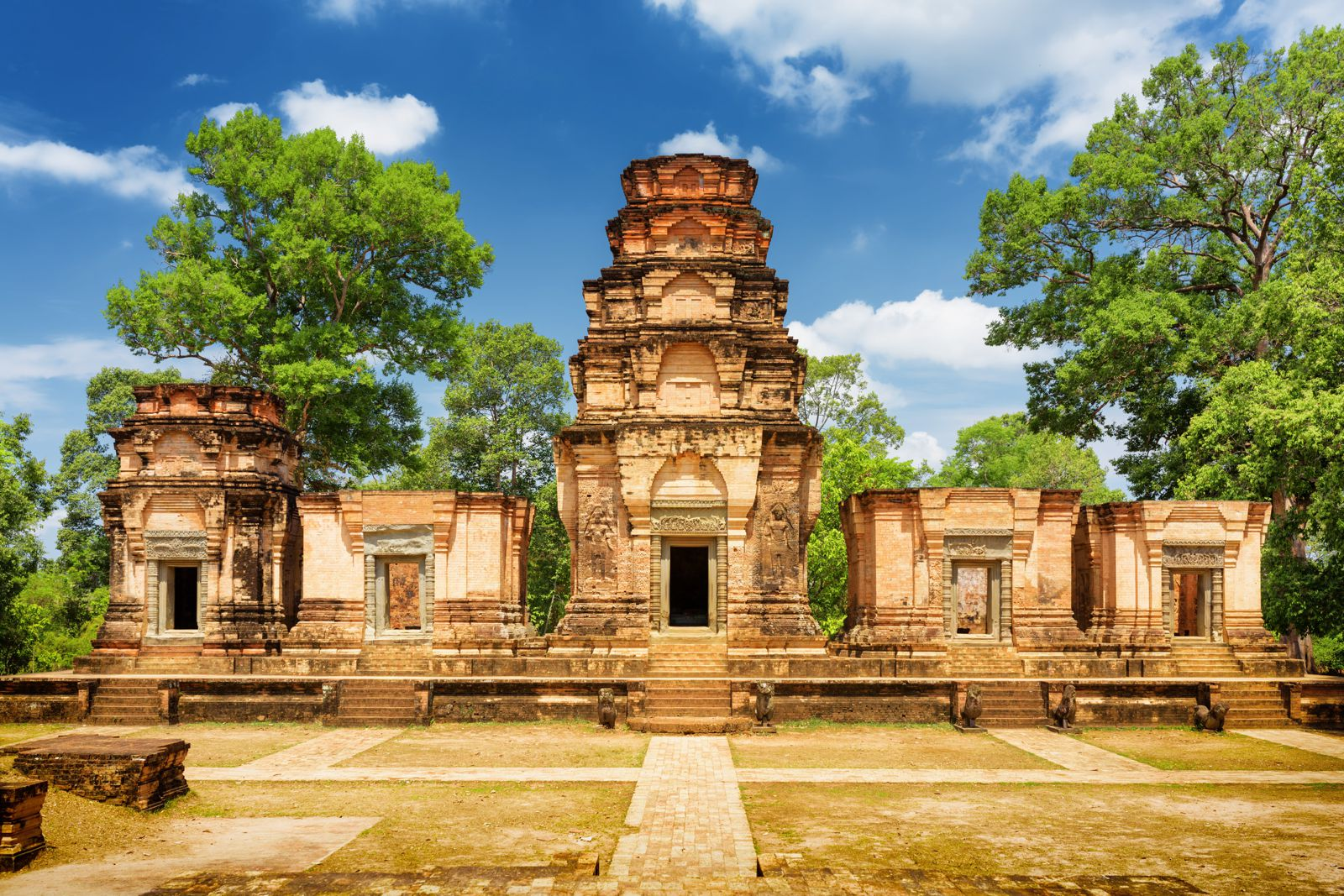 11 Incredible Temples You Have To See In Angkor, Siem Reap, Cambodia (6)