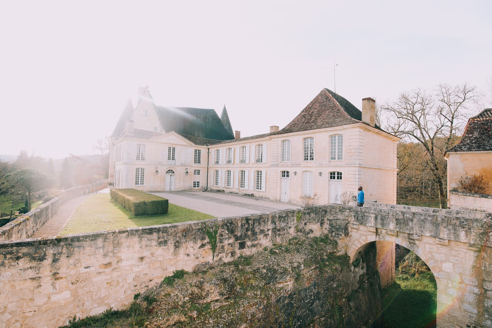 Here's How To Stay In A Castle In France (2)