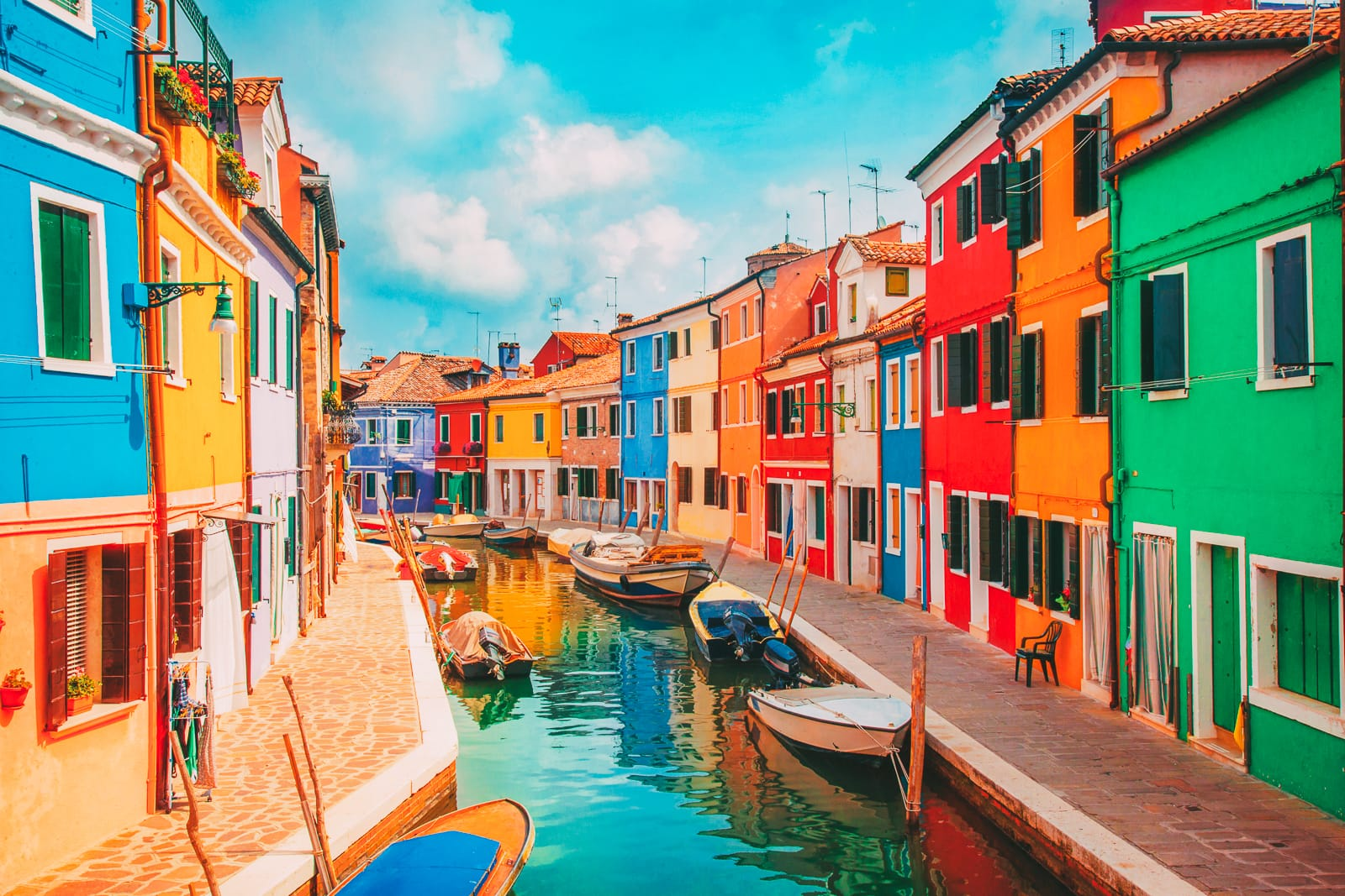 17 Colourful Towns And Cities To Visit In Europe! (25)