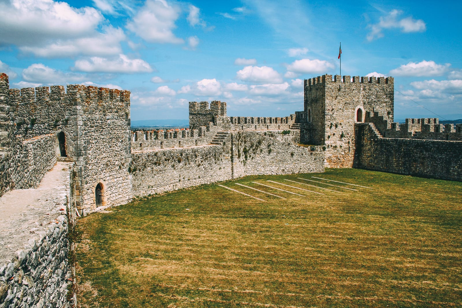 19 Beautiful Castles In Portugal You Have To Visit (7)