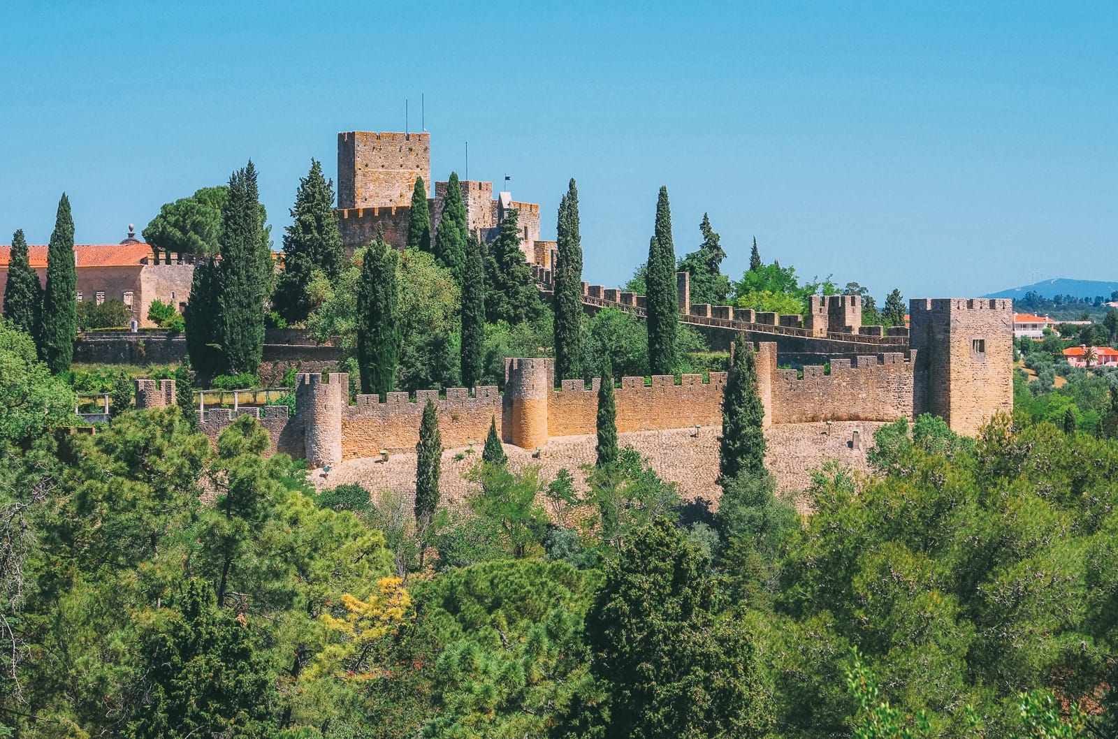 19 Beautiful Castles In Portugal You Have To Visit (3)