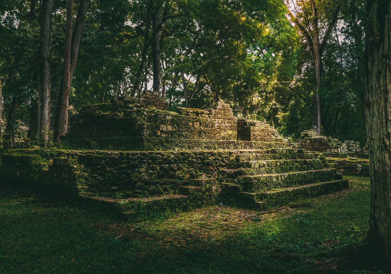 10 Amazing Places to Visit In Honduras (12)