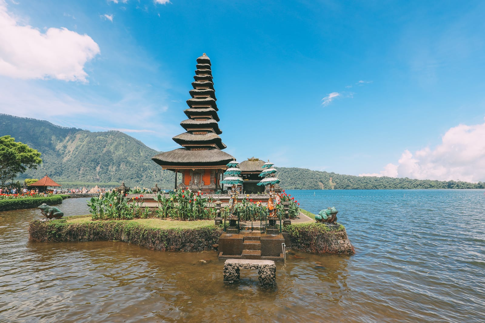 Bali Travel - The Beautiful Nungnung Waterfall And Ulun Danu Bratan Temple (32)