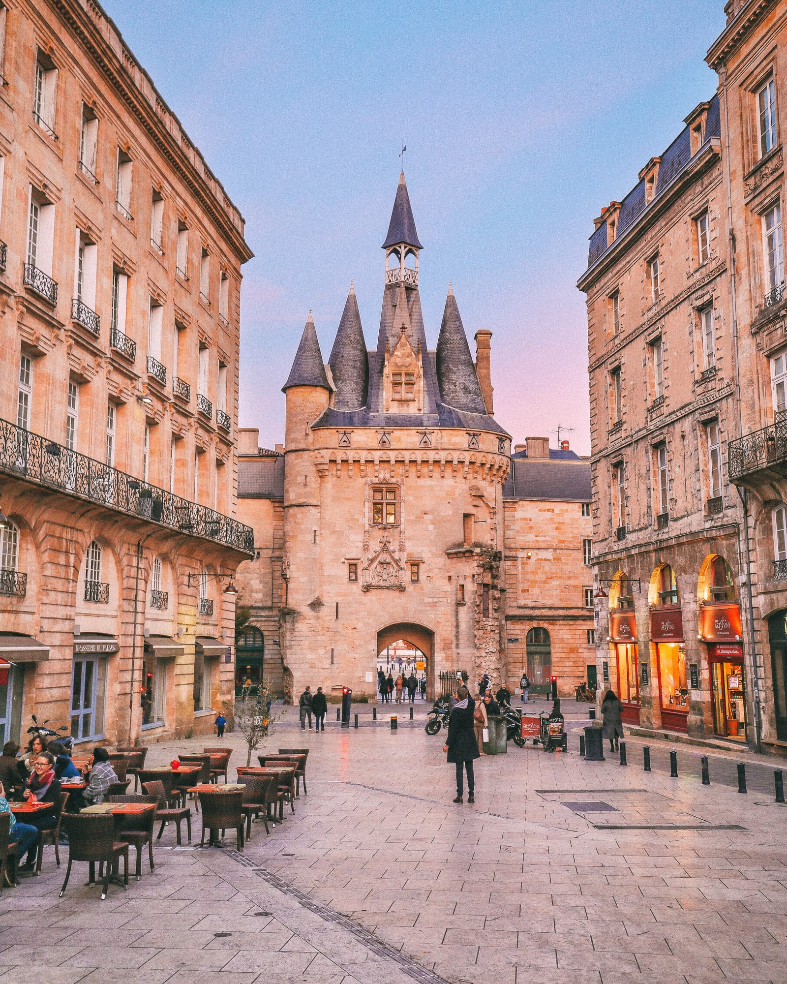 9 Beautiful Wine Regions In France You Need To Holiday In (9)