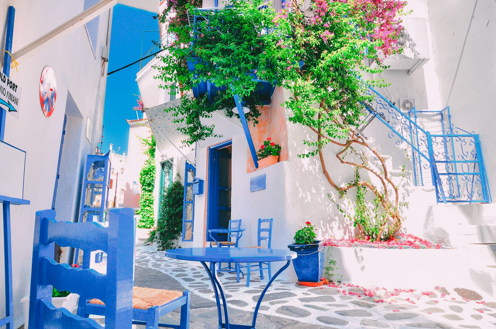 Beautiful Greek Islands You Have To Visit (16)